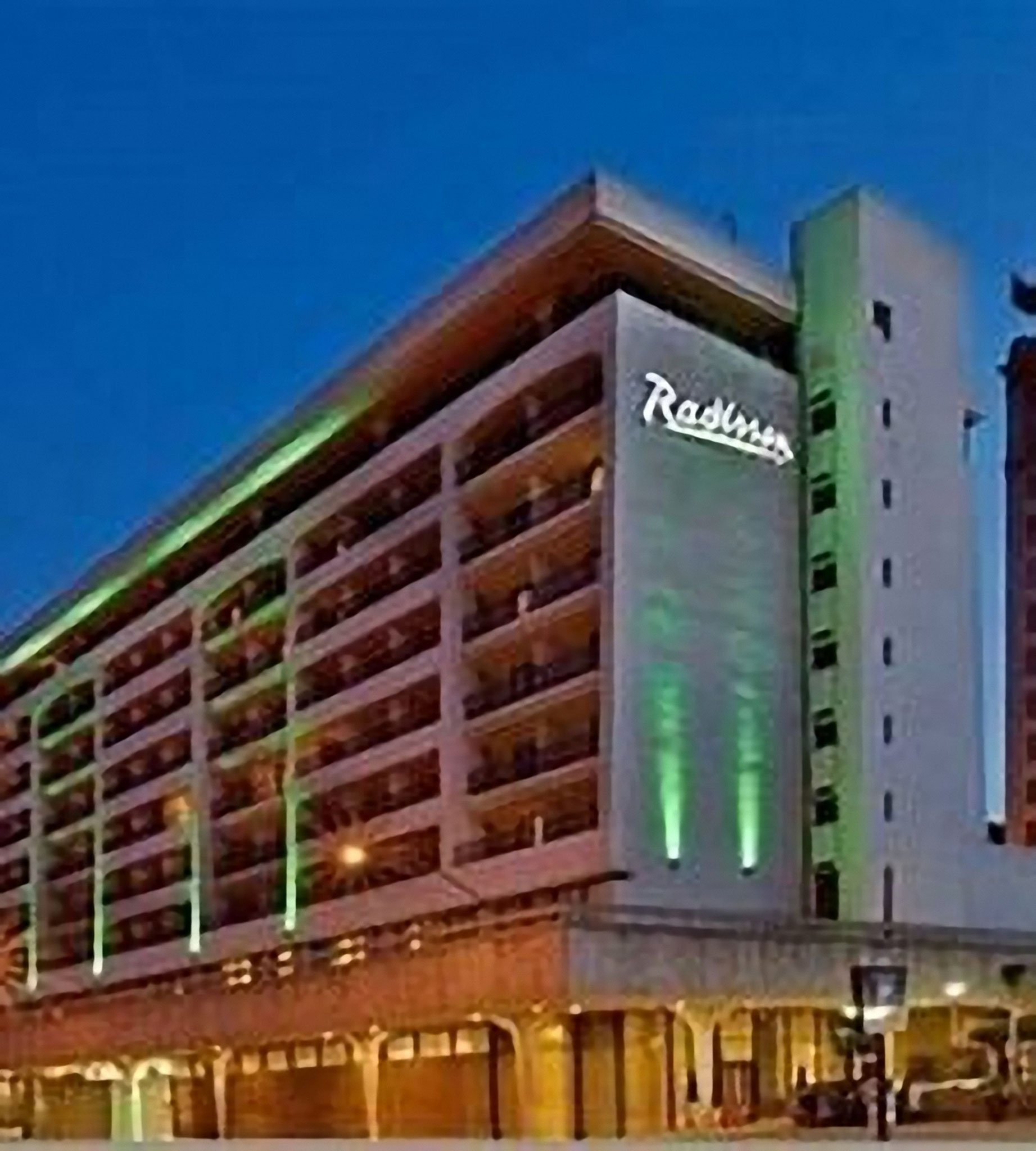 Fresno - Radisson Hotel*** - 2N