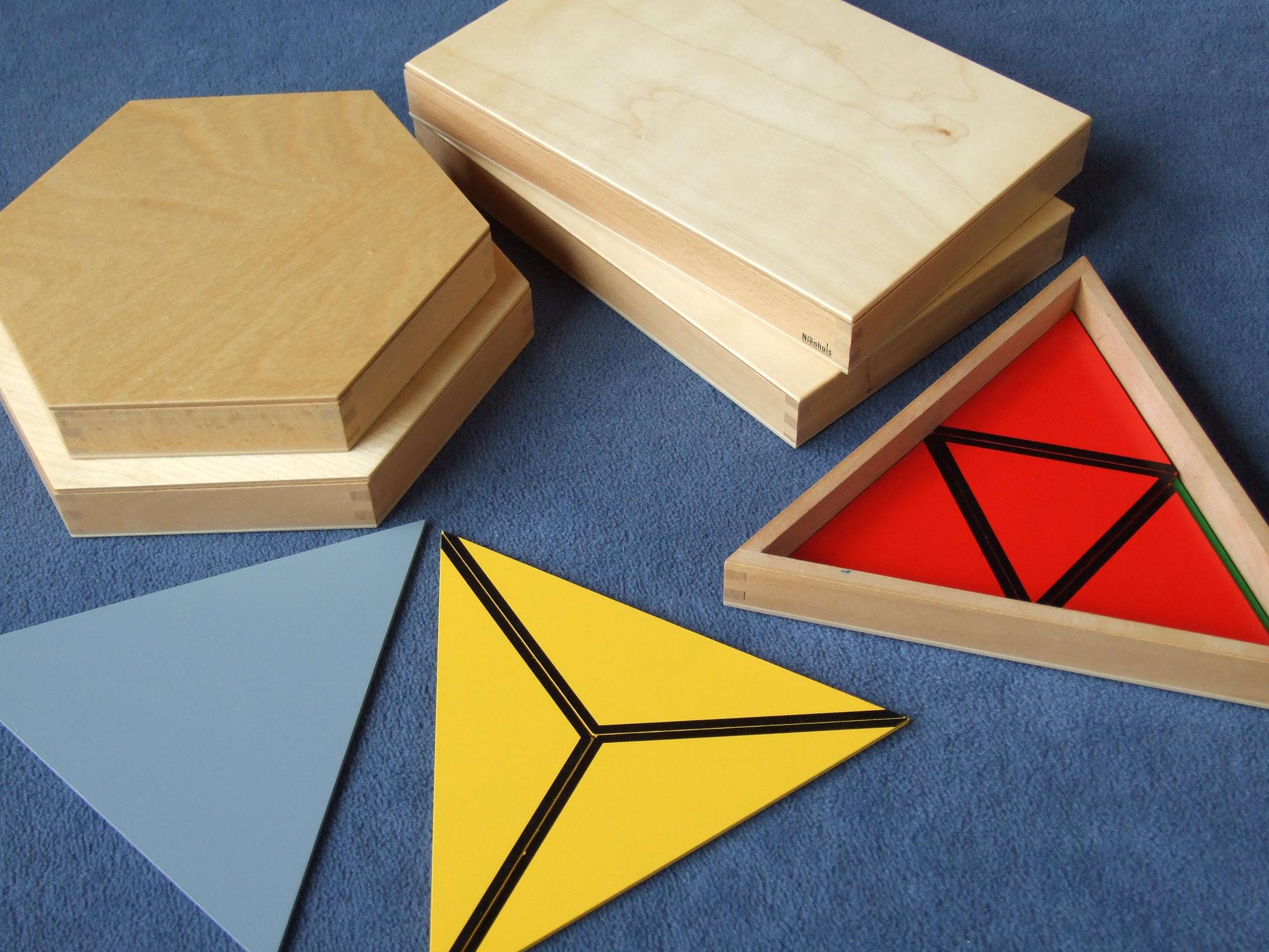 Konstruktive Dreiecke, komplett (5 Kästen mit verschiedenen  Dreiecken)