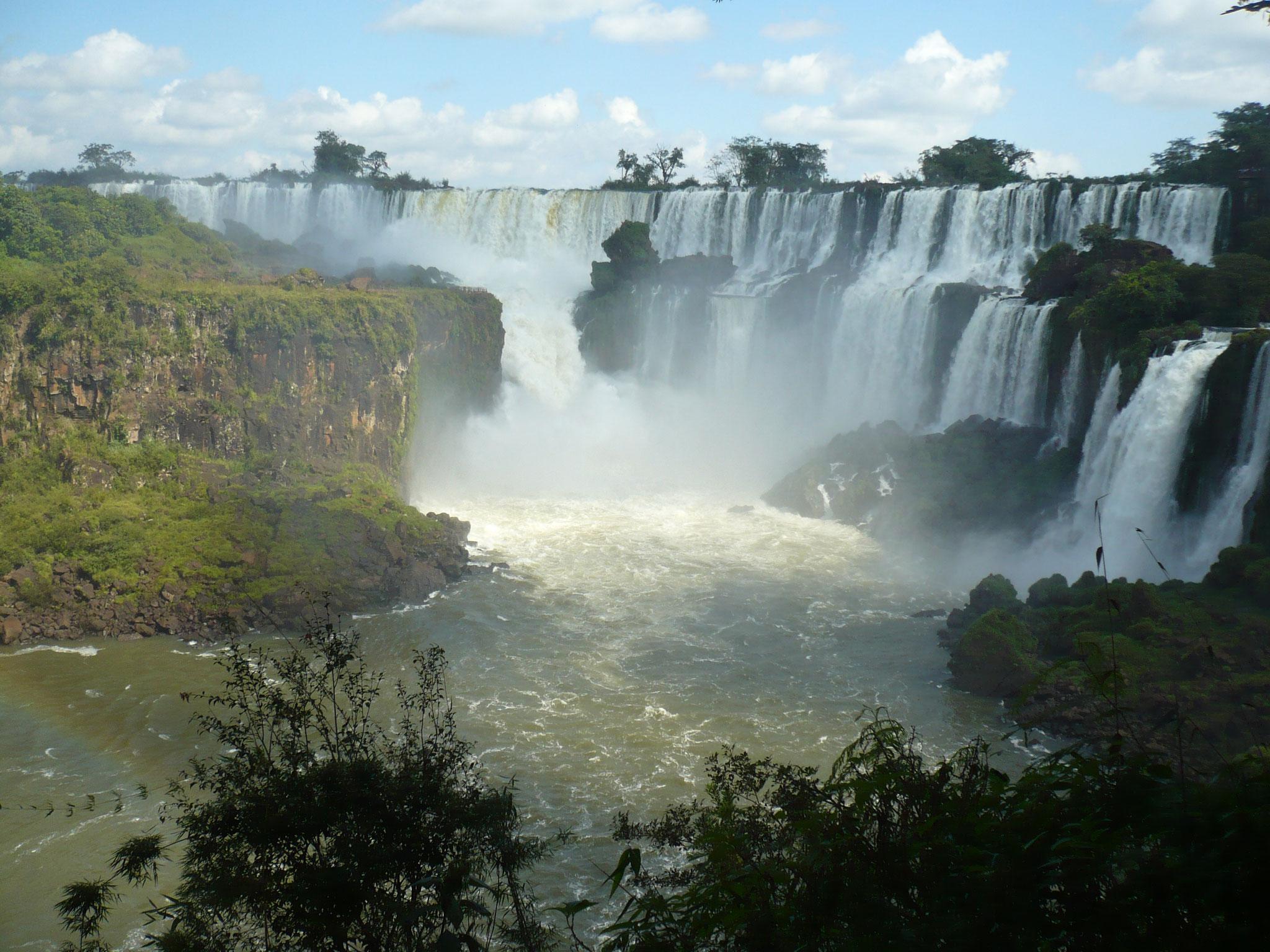 Iguazu-Wasserfälle in Argentinien ©RonjaHöfers