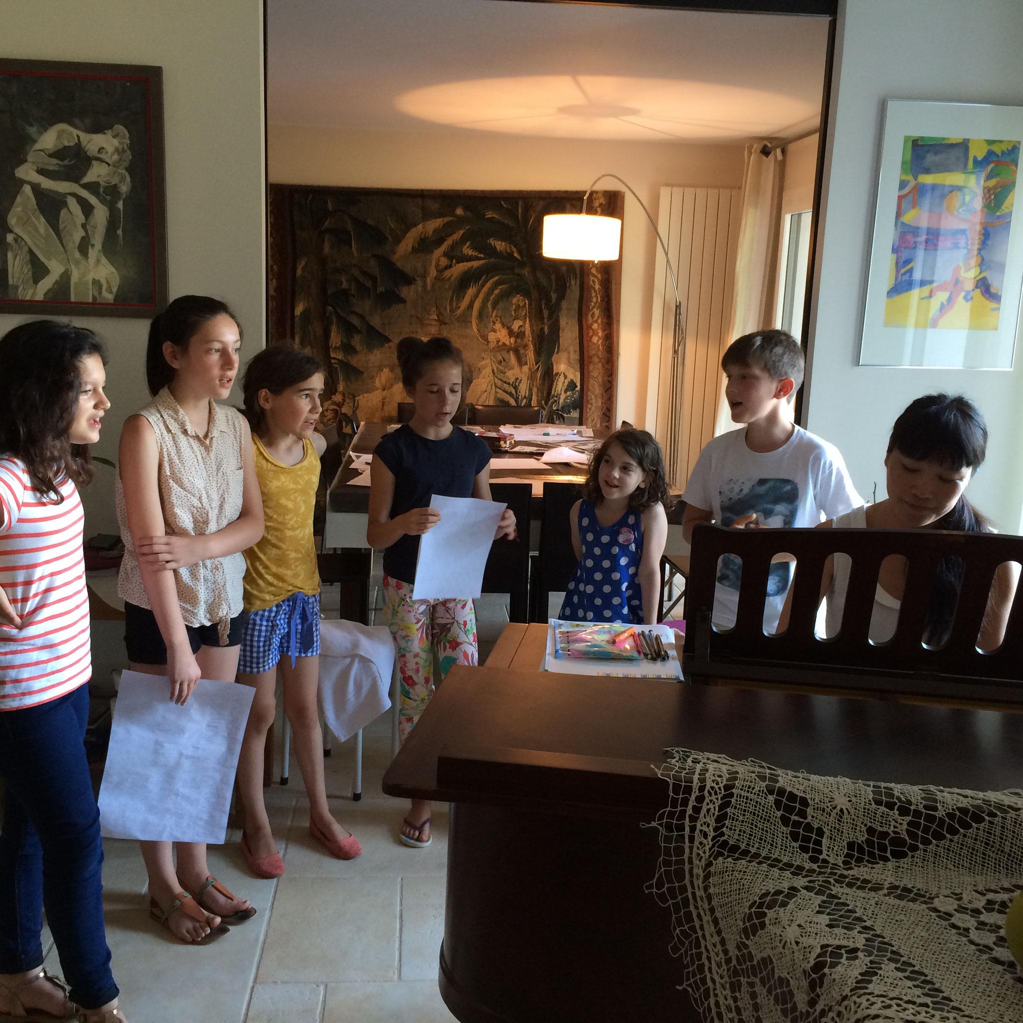 Chorale d'enfants lors d'un séjour d'été