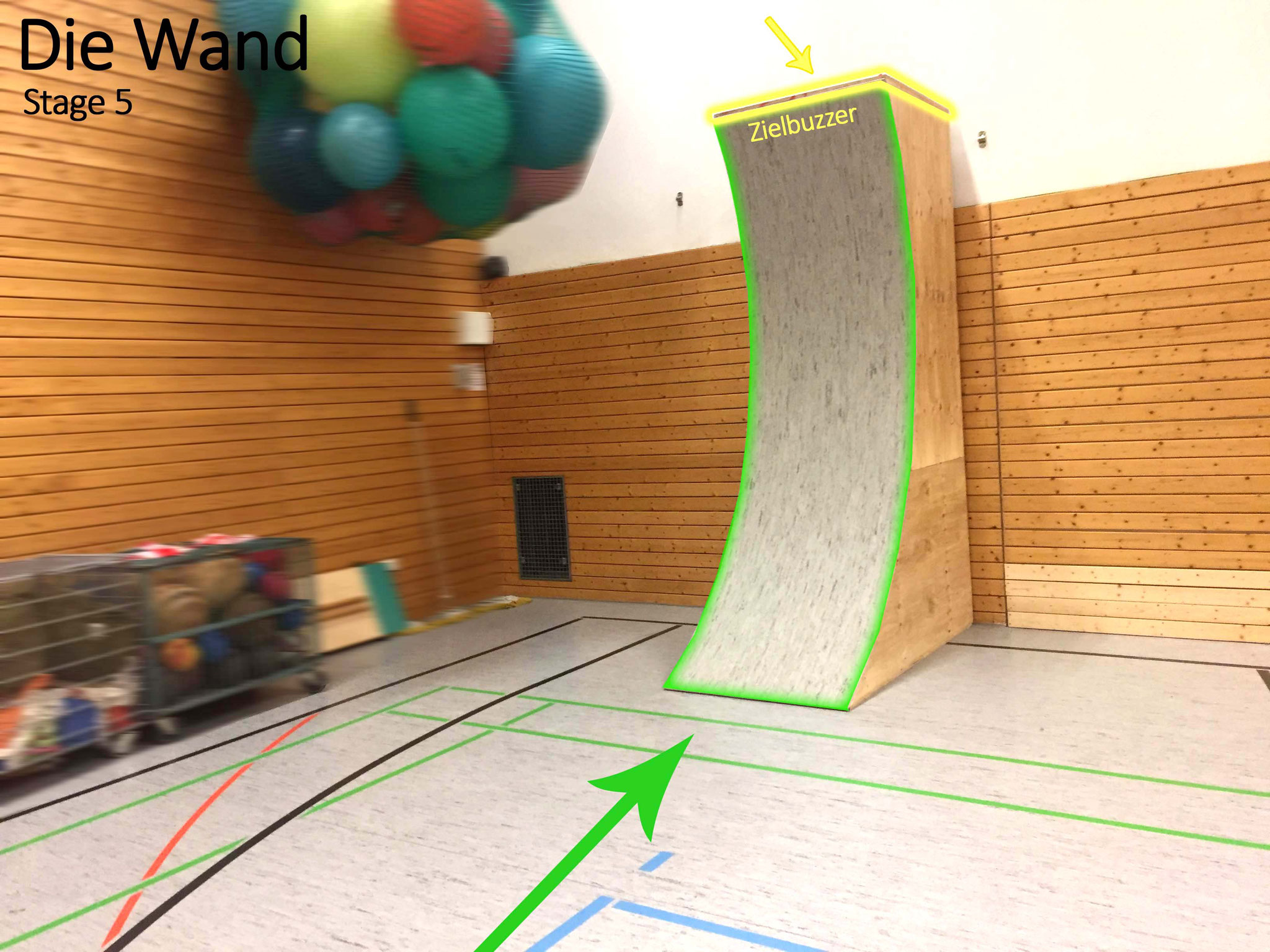 Die finale Stage ist unsere selbstgebaute Warped Wall. Renne wie in der TV-Show die Wand hinauf und drücke als Schnellster oben auf den Buzzer!