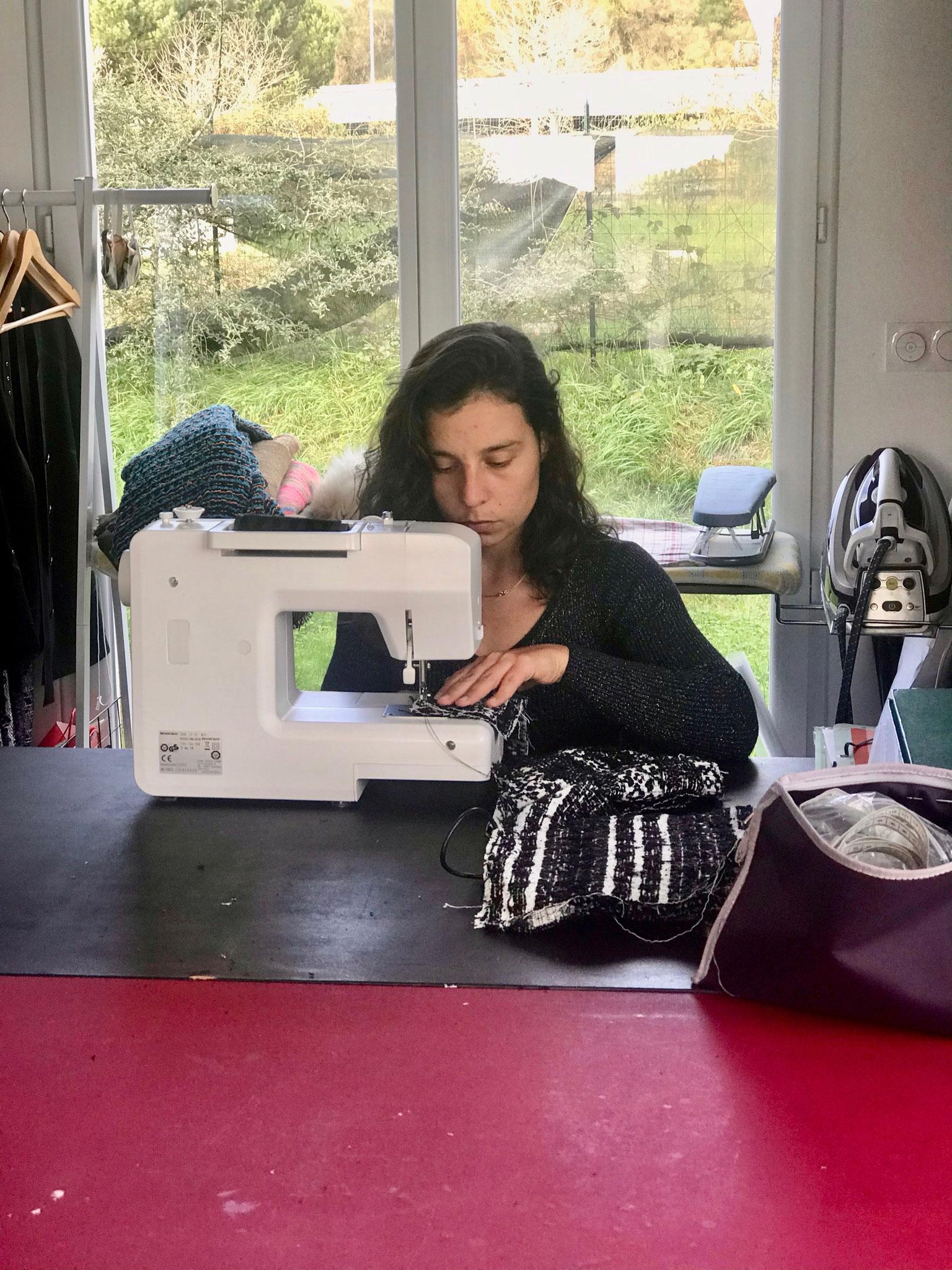 Charlène Perret au travail( photo Ch. Perret)
