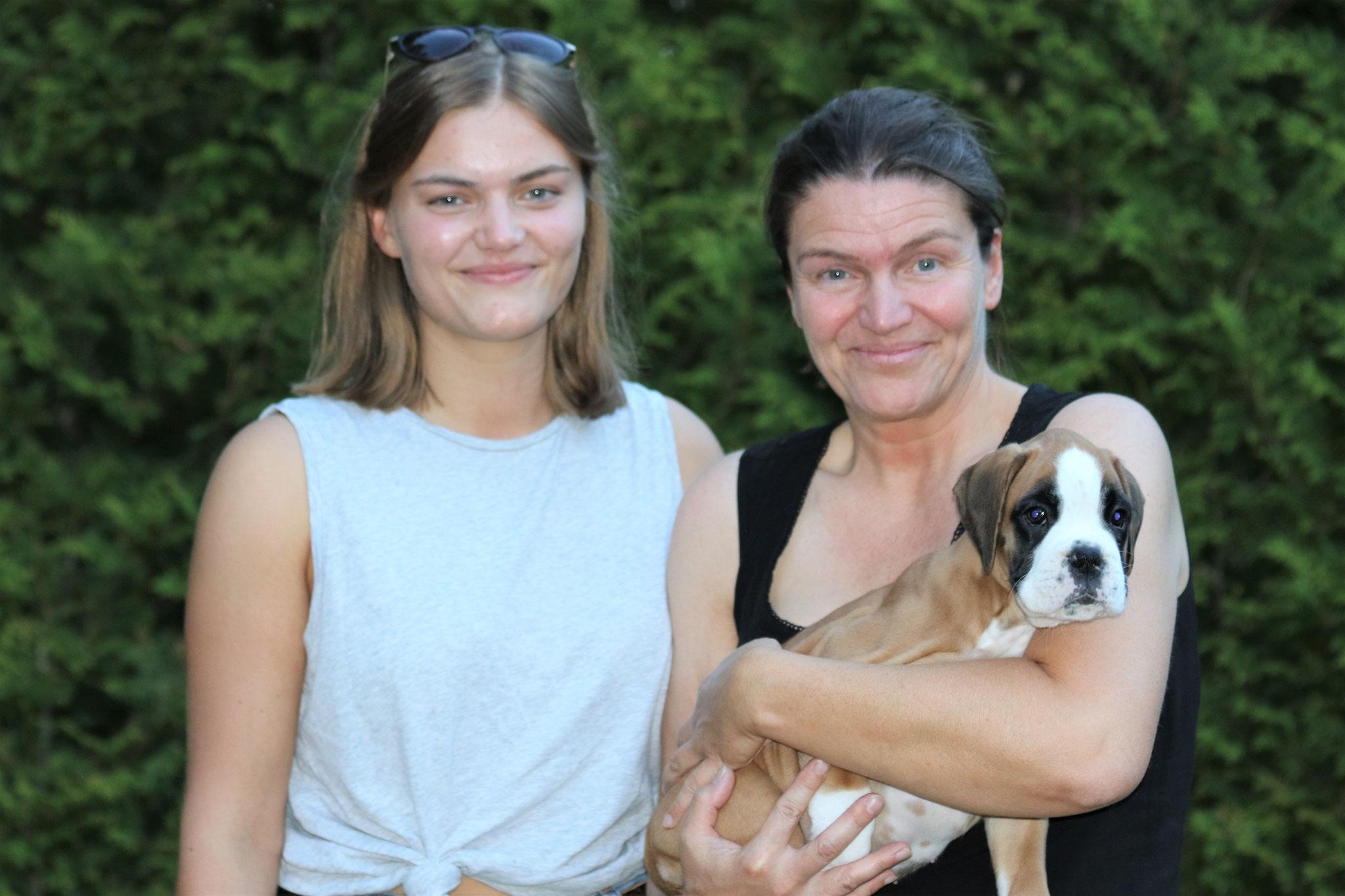 Britta und Antonia mit Grace Insa