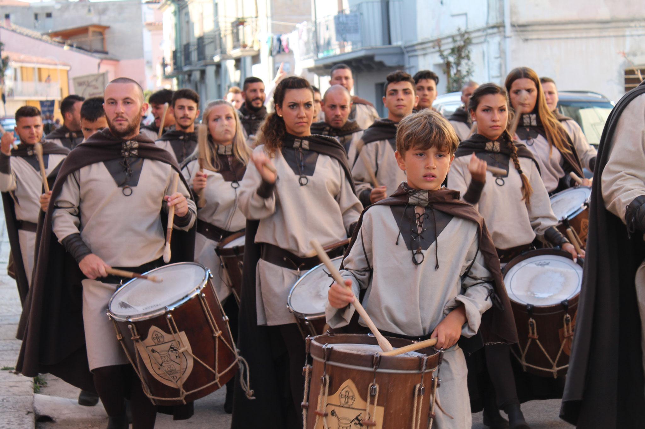 gli amici dei militia. foto di Chiara Orfeo