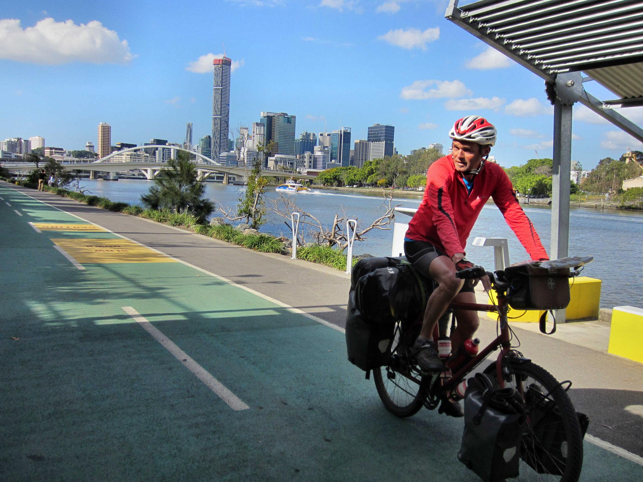 Auf dem Radweg in Brisbane