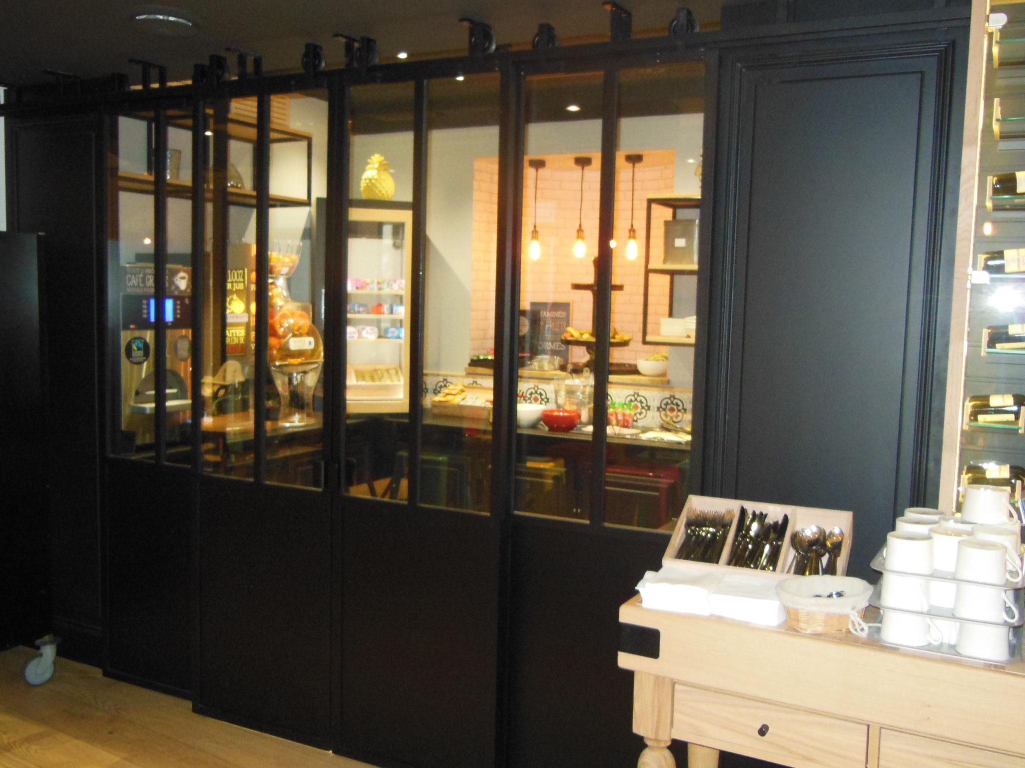Portes coulissante style atelier Ibis Dinan