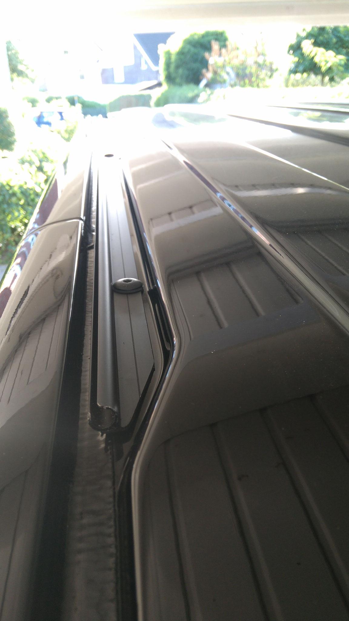 Adapter für Dachträger auf Kederschiene VW T5 /& T6 schwarz eloxiert