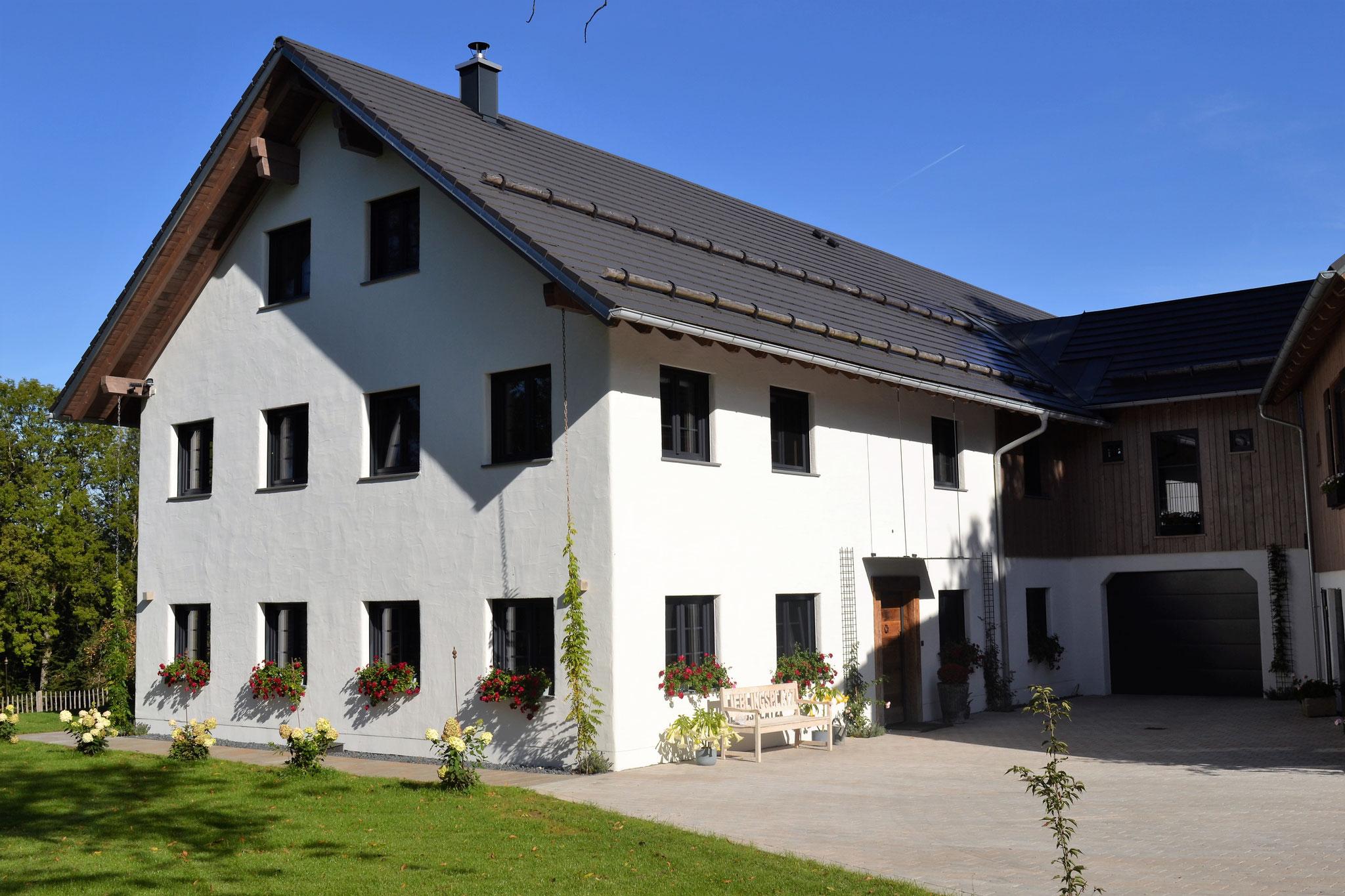 Fertigstellung, Sanierung Bauernhof in Niederstaufen