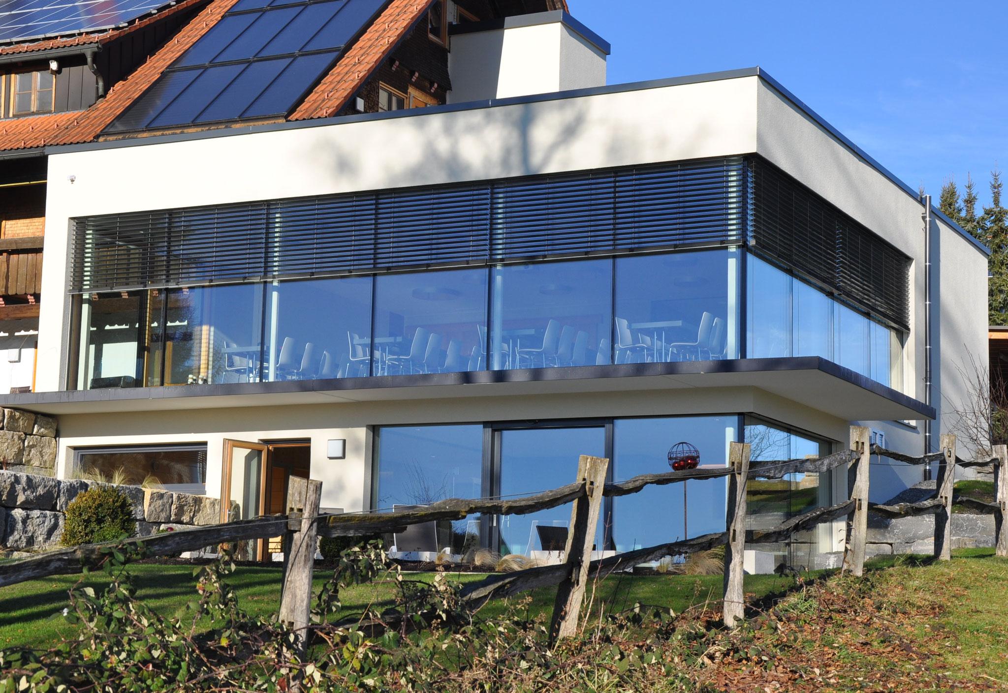 Fertigstellung, Südansicht, Anbau an Beherbergungsbetrieb in Scheidegg