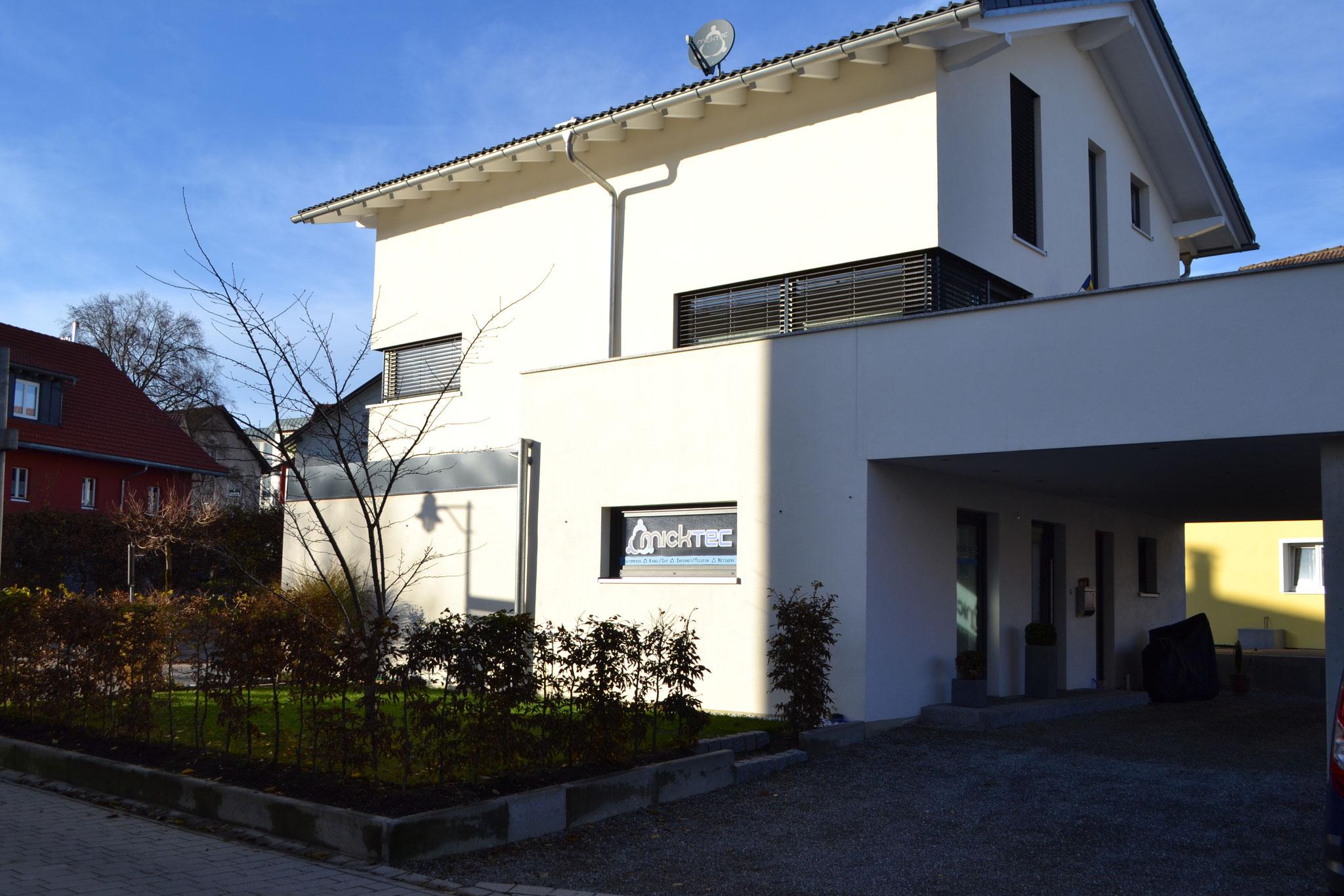 Fertigstellung, Einfamilienhaus mit Geschäftsbereich in Lindenberg