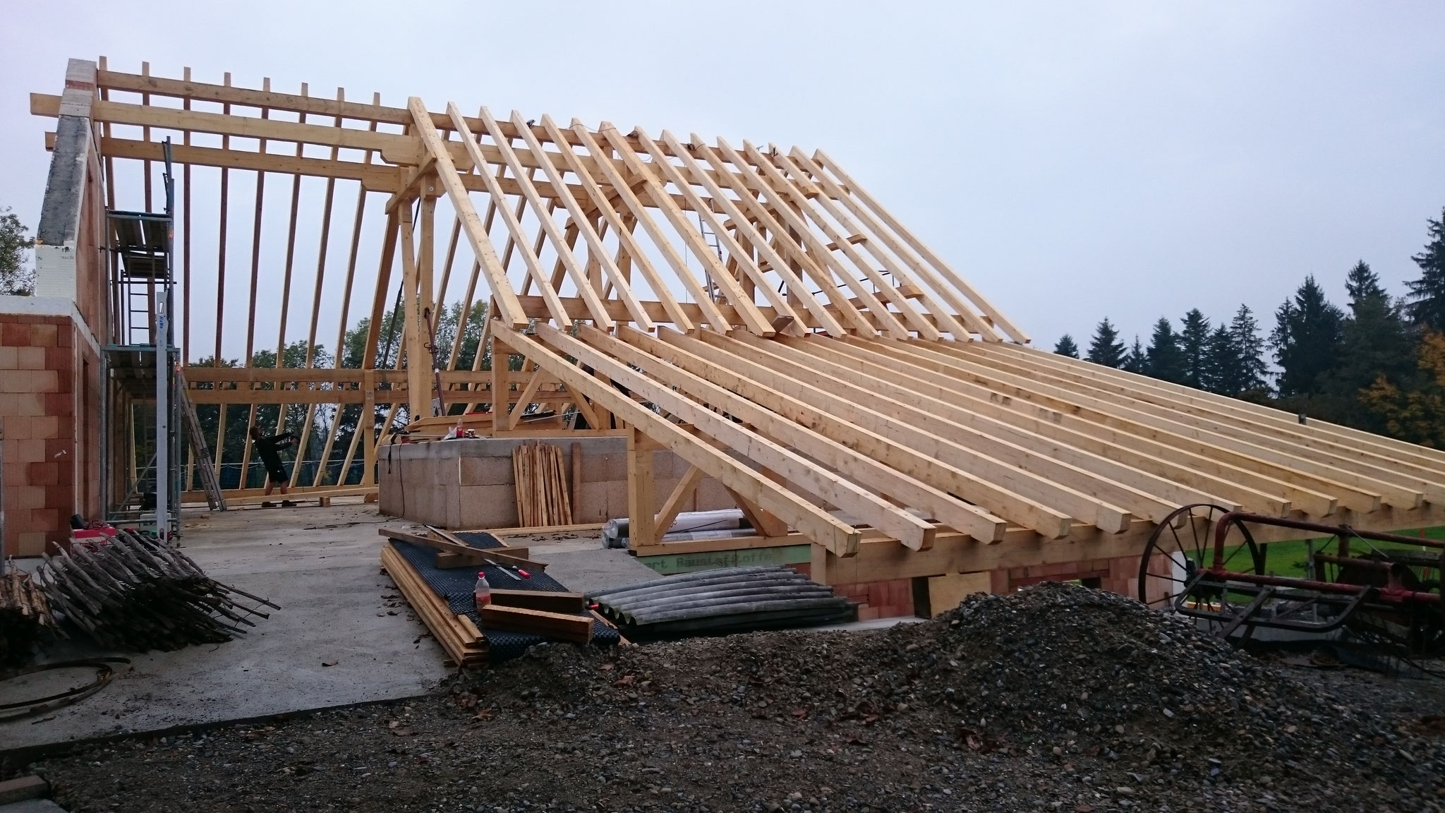 Bauphase, Sanierung Bauernhof in Niederstaufen, Dachstuhl