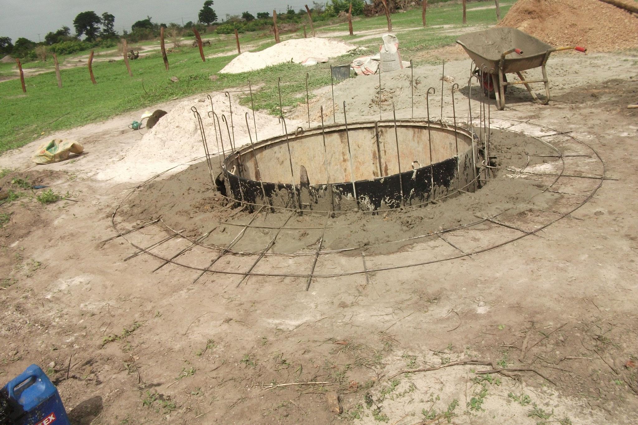 Brunnen im Bau