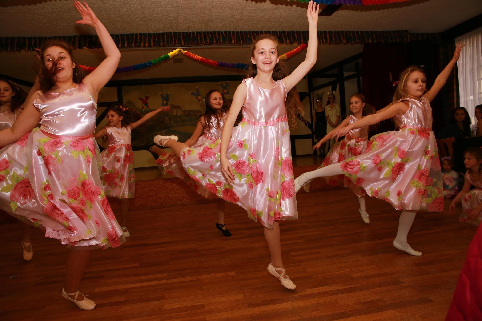 """Die Tanzgruppe """"Magical Cats"""" hatte ihren Auftritt - schön, dass ihr wieder dabei wart :)"""