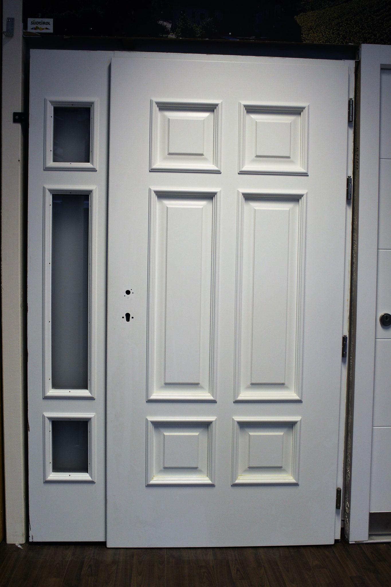 Haustüre 4: 133,5 x 205 cm