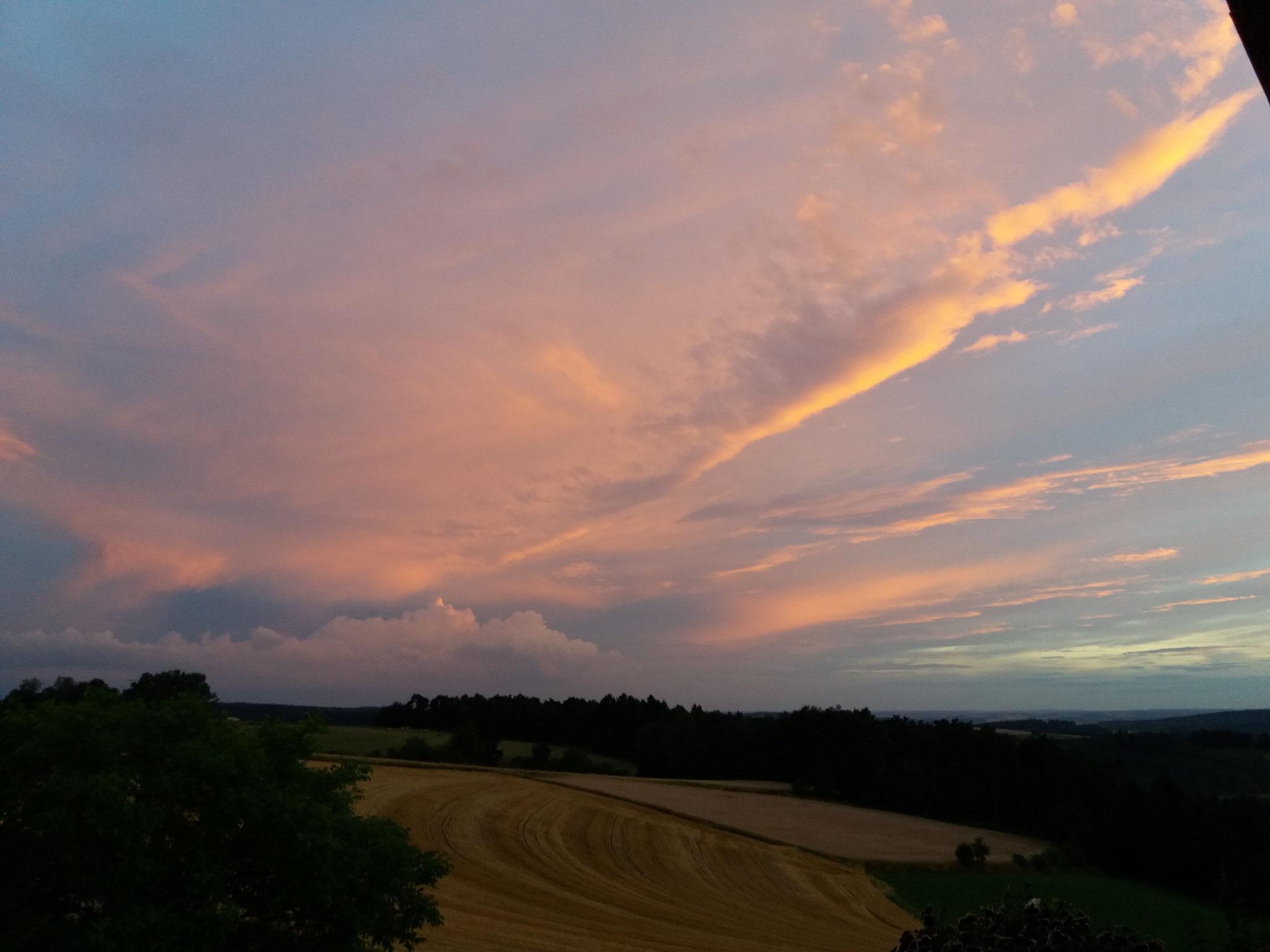 Blick auf Reiting (Abendhimmel im Juli 2017)