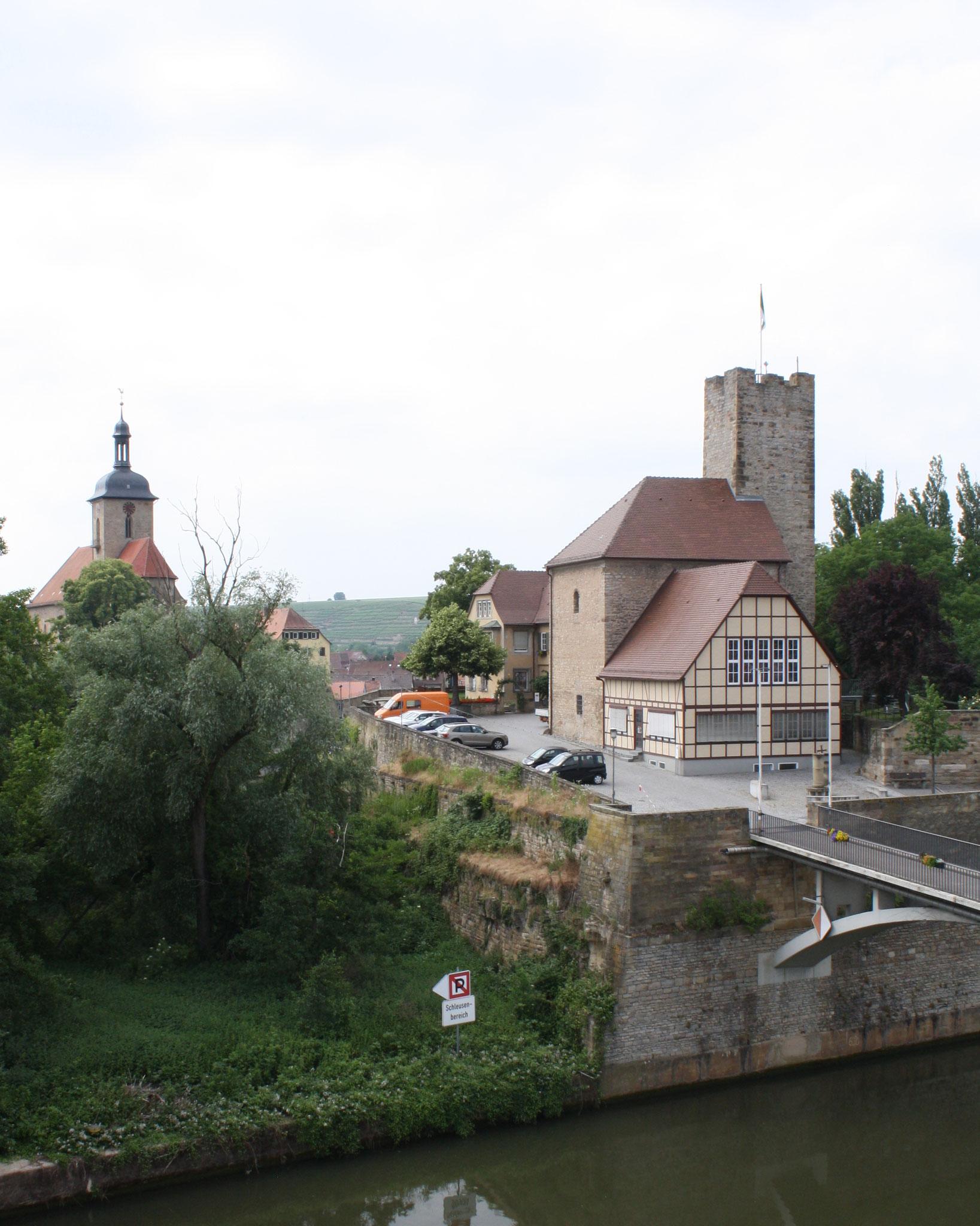 Die Grafenburg aus Sicht unseres Hotels