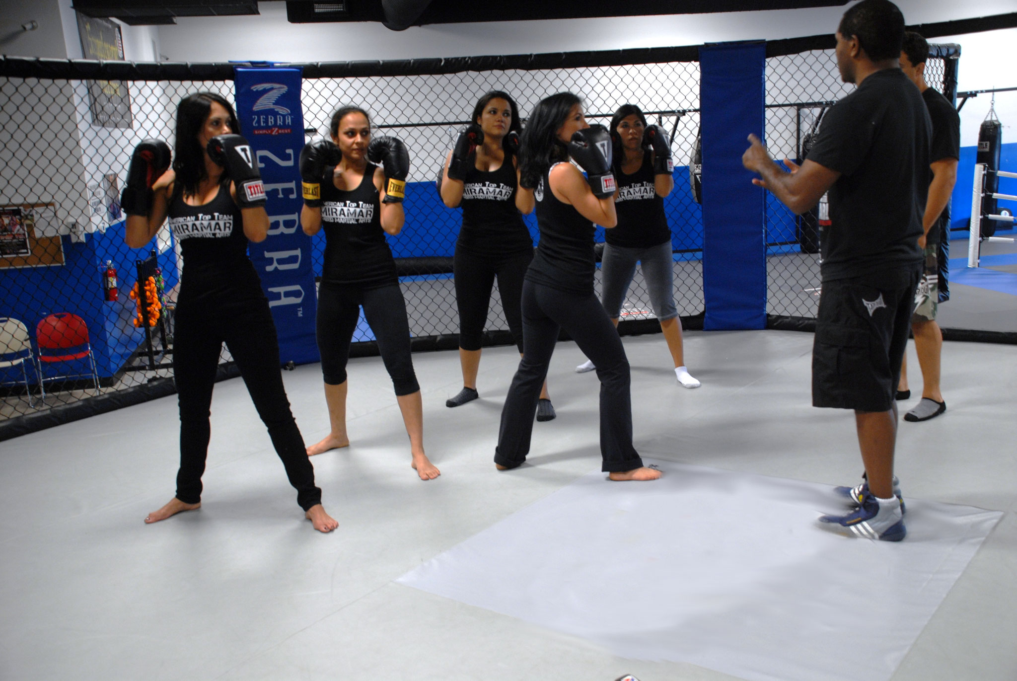 Self-defense / Cardio / Grappling / Cours féminins