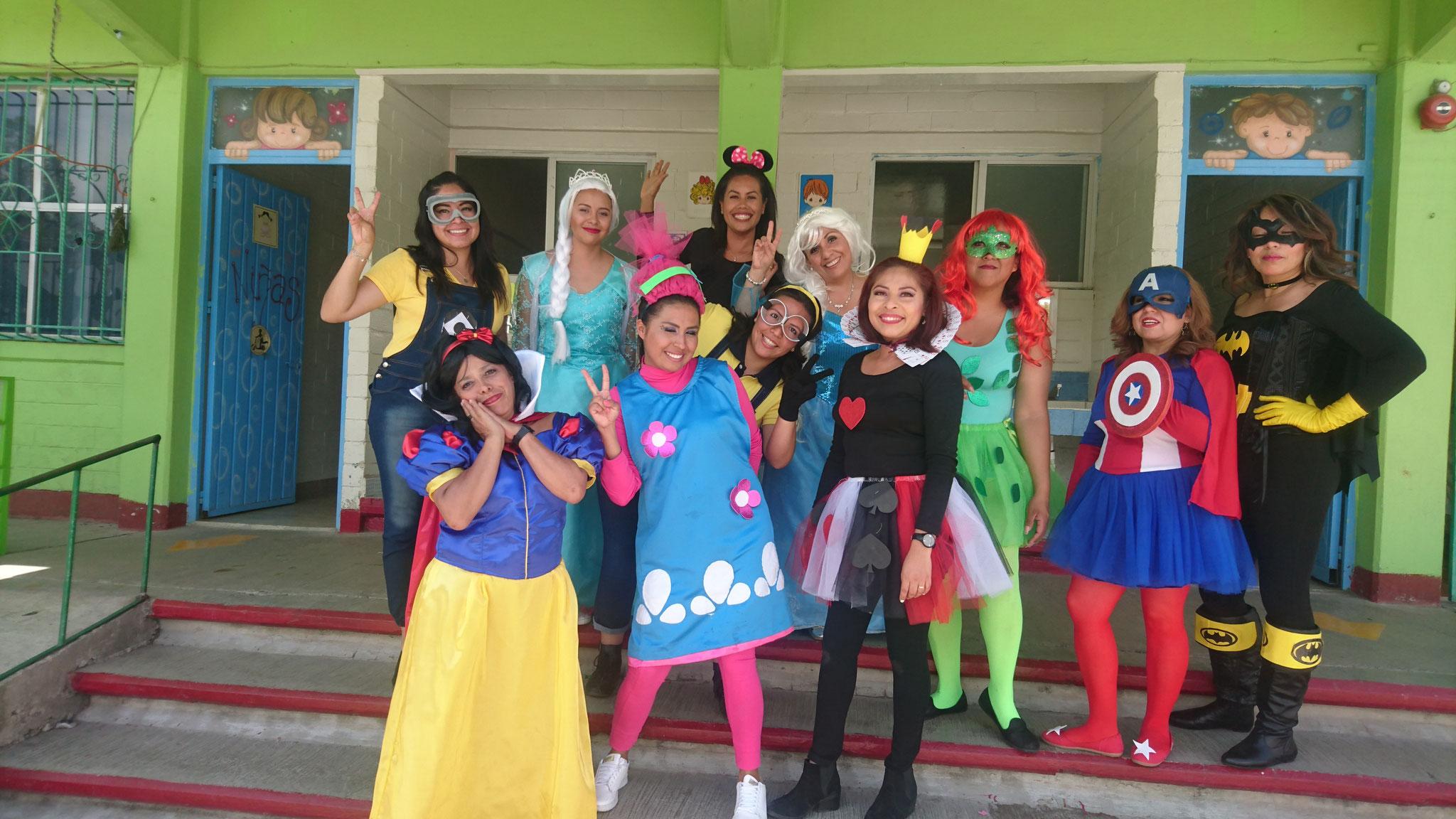 Preescolar Disfraces Para Maestras Del Dia Del Niño Hay Niños