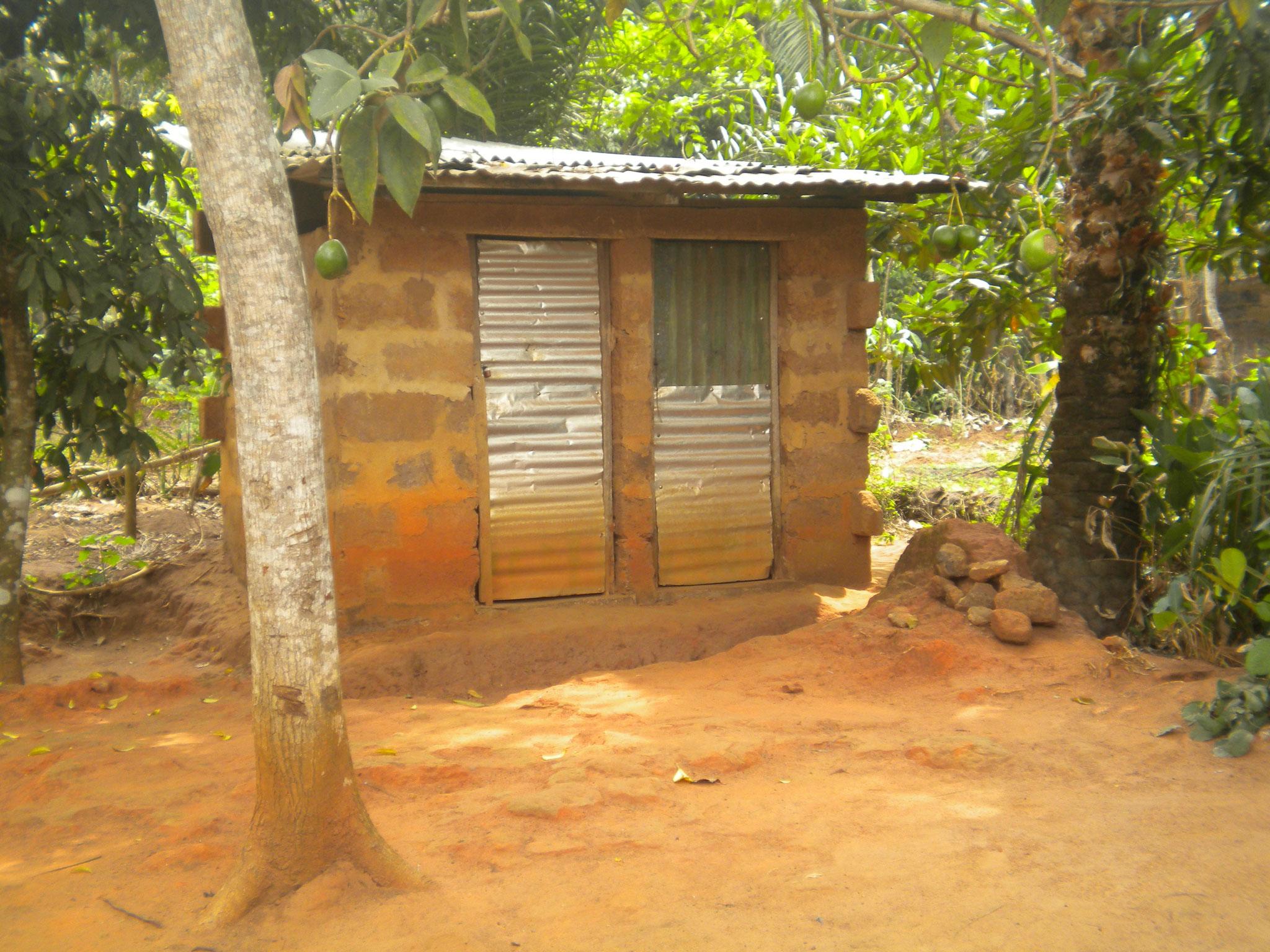 Toilette und Waschraum