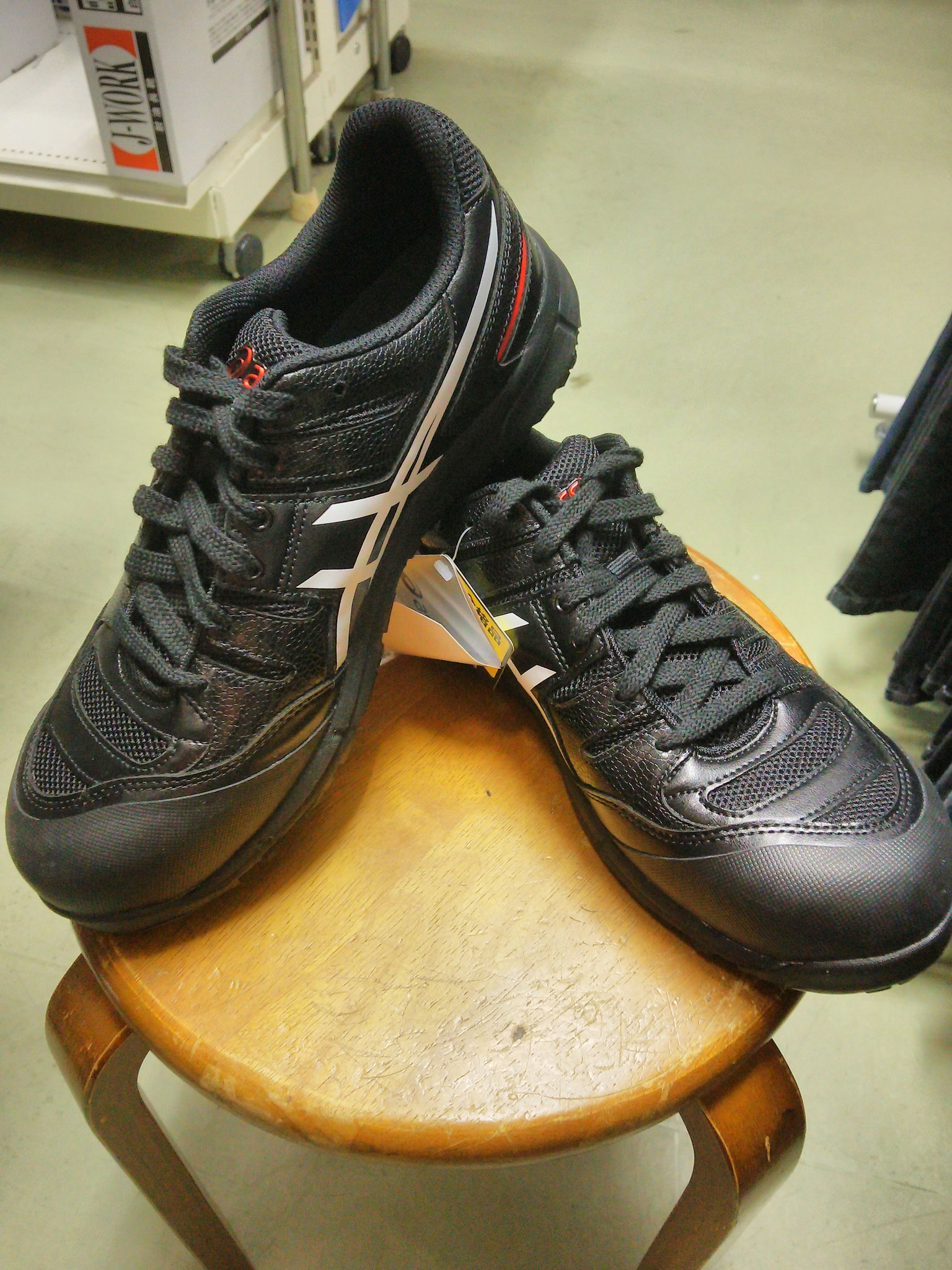 CP103 アシックス安全スニーカー ブラック  ¥9,900(税込)