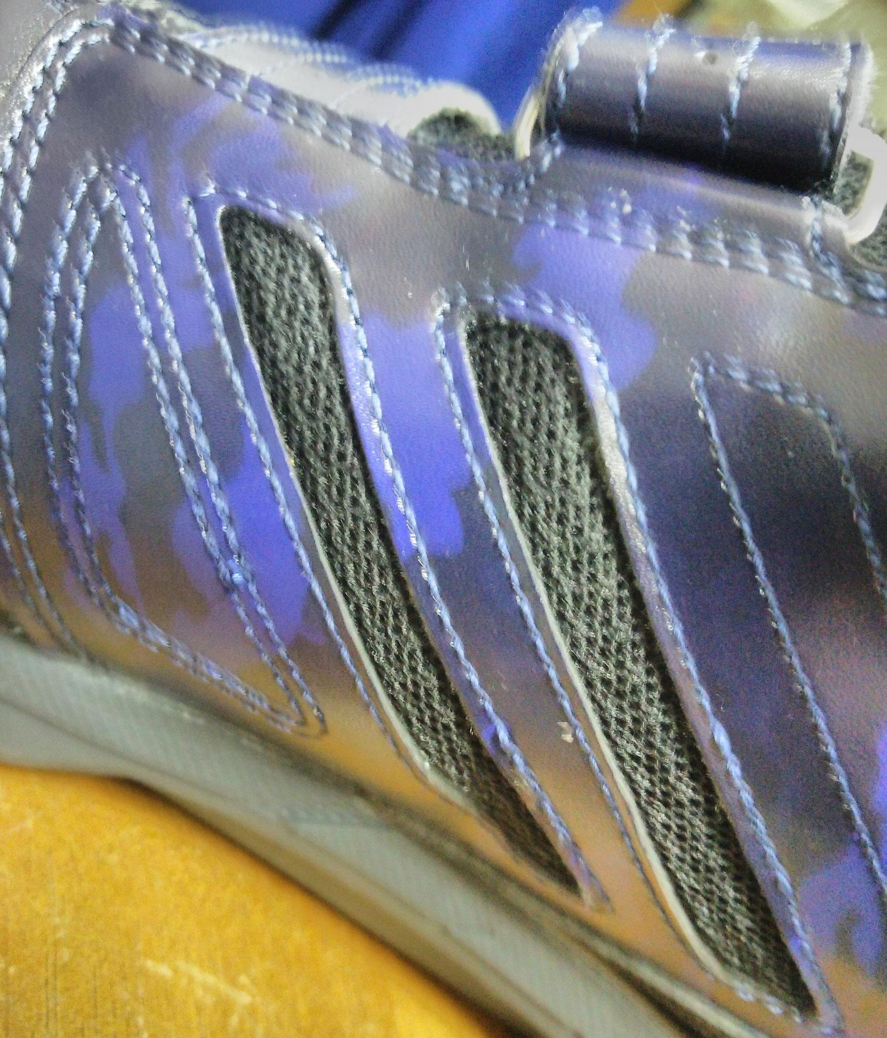 C1GA1802 ミズノ安全スニーカー   サイドメッシュがムレを防止して快適です。