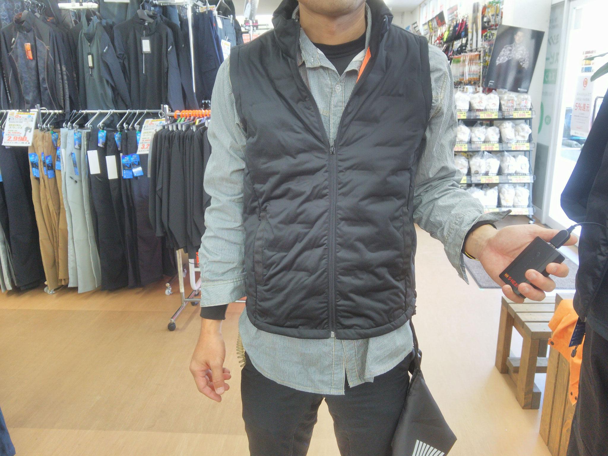 S-HEAT~エス・ヒート~暖房ベスト 暖房ベスト+暖房機器 ¥13,400(税込)