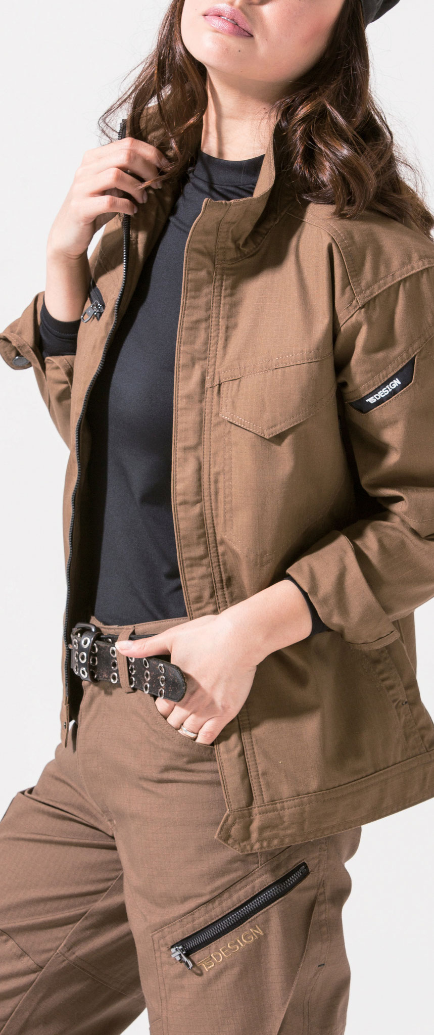 6116 ジャケット ¥4,950(税込)リップストップ素材で、引き裂きに強いタフなジャケット!!