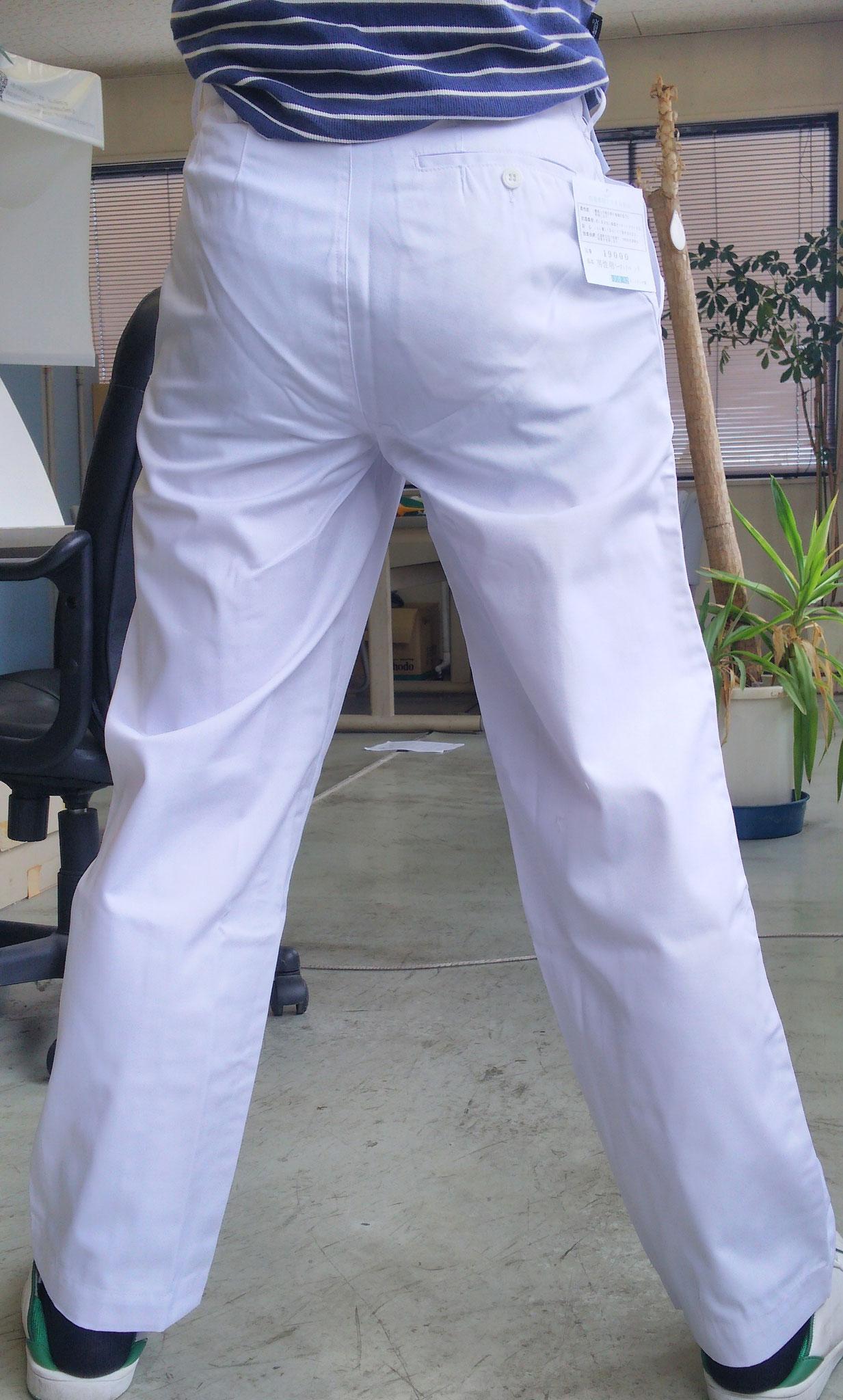 祭り用白ズボン 素材はポリエステル65%・綿35%で、サラッとしています。