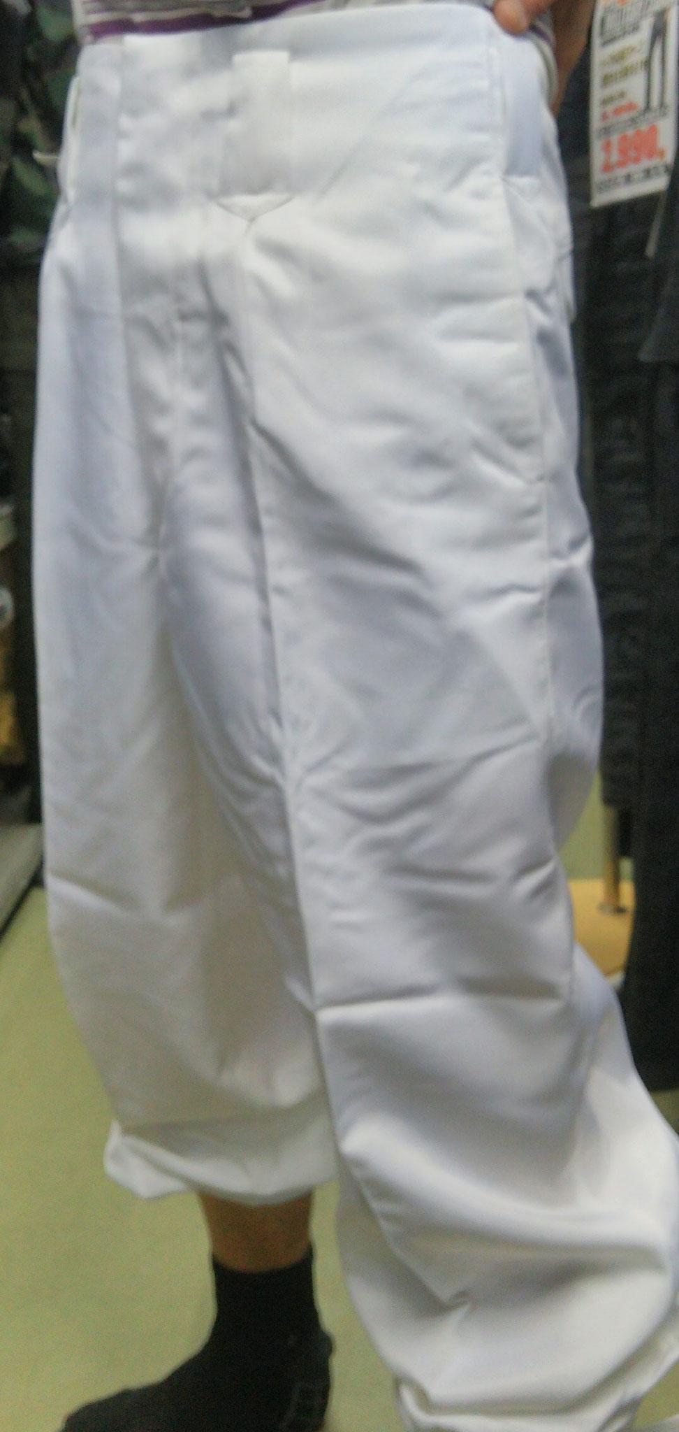 カッコイイ関東鳶ニッカズボン<白色>¥1,990(税込)SIZE:73-120cmまで同一価格!!やしーで(笑)