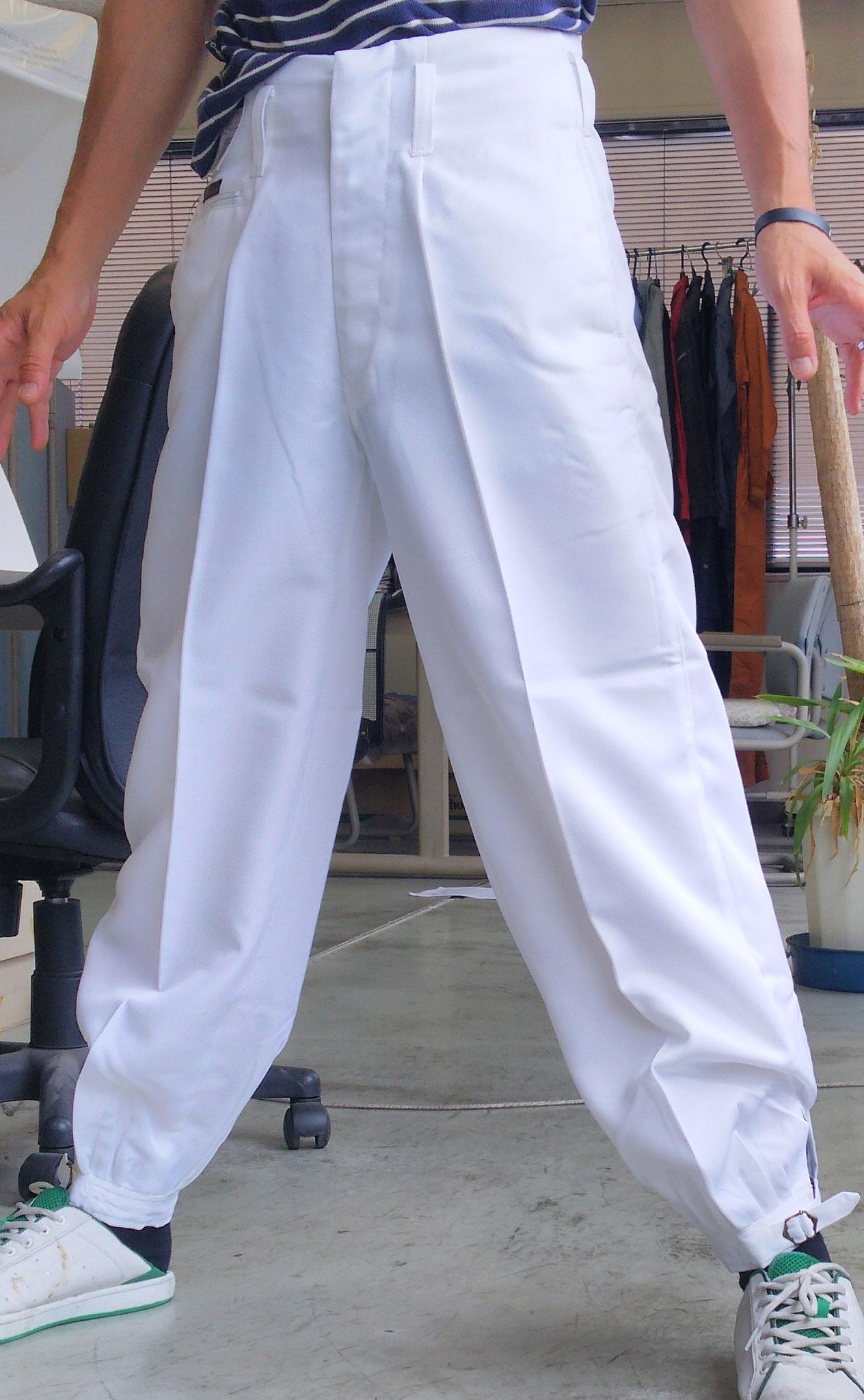 祭り用白ニッカズボン サイズ 73cm-120cm まで幅広く品揃えしております。