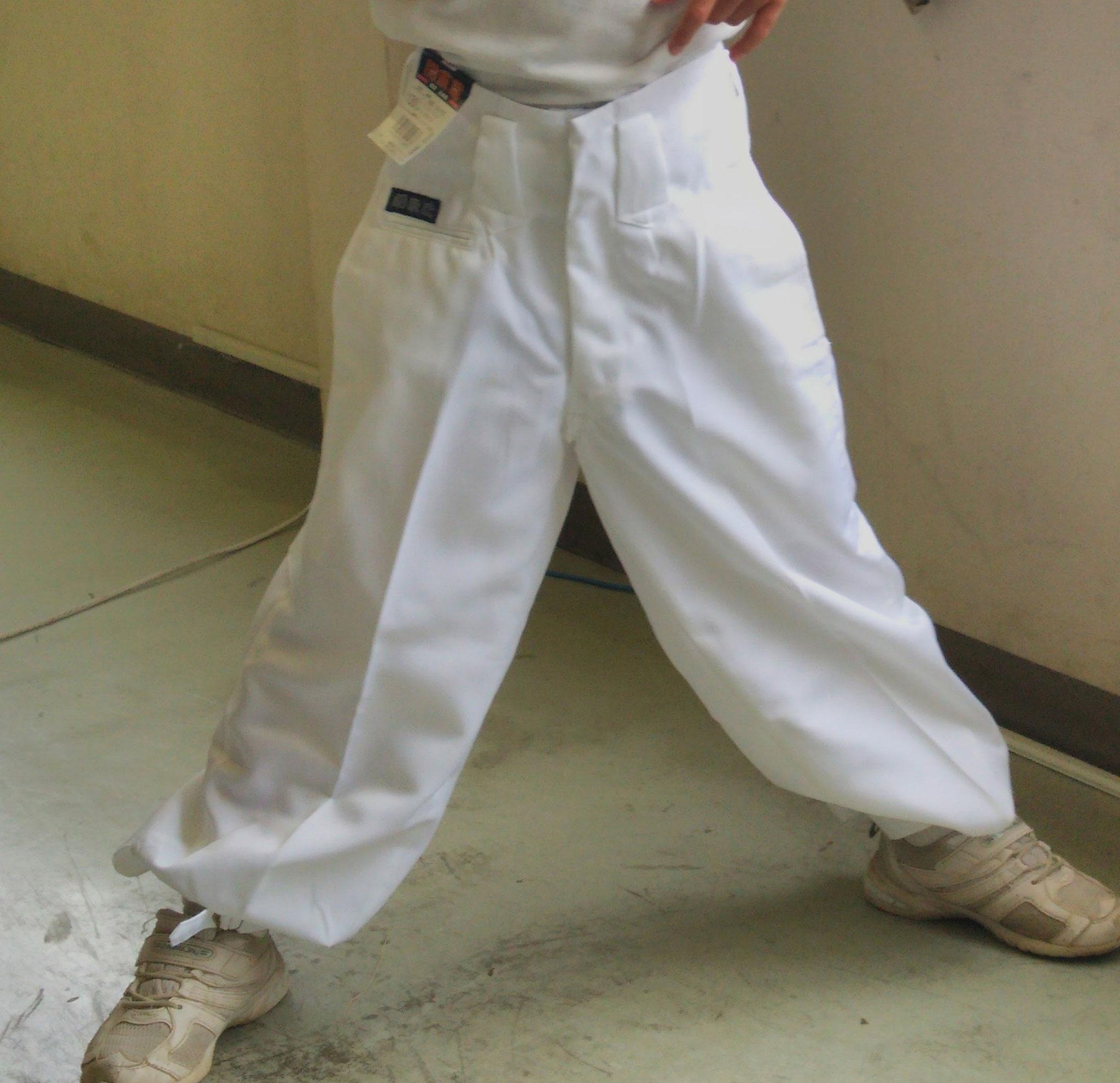 かわいい子供ニッカズボン<白色>¥1,990(税込)SIZE:90・100・110・120・130・140・150・160cm