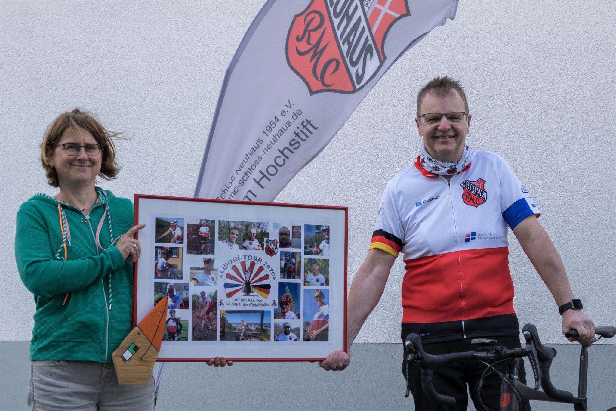 Odilia Wagener (Koordinatorin AKHD PB-HX), Martin Klösener (Vorsitzender RMC Schloß Neuhaus)