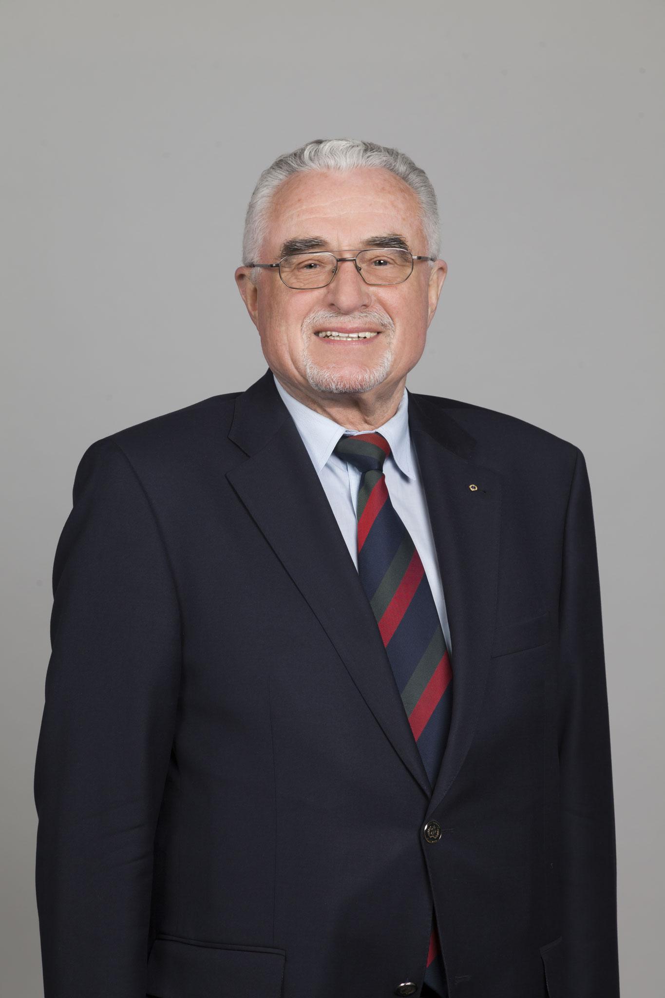 Dr. Gerhard Scharf