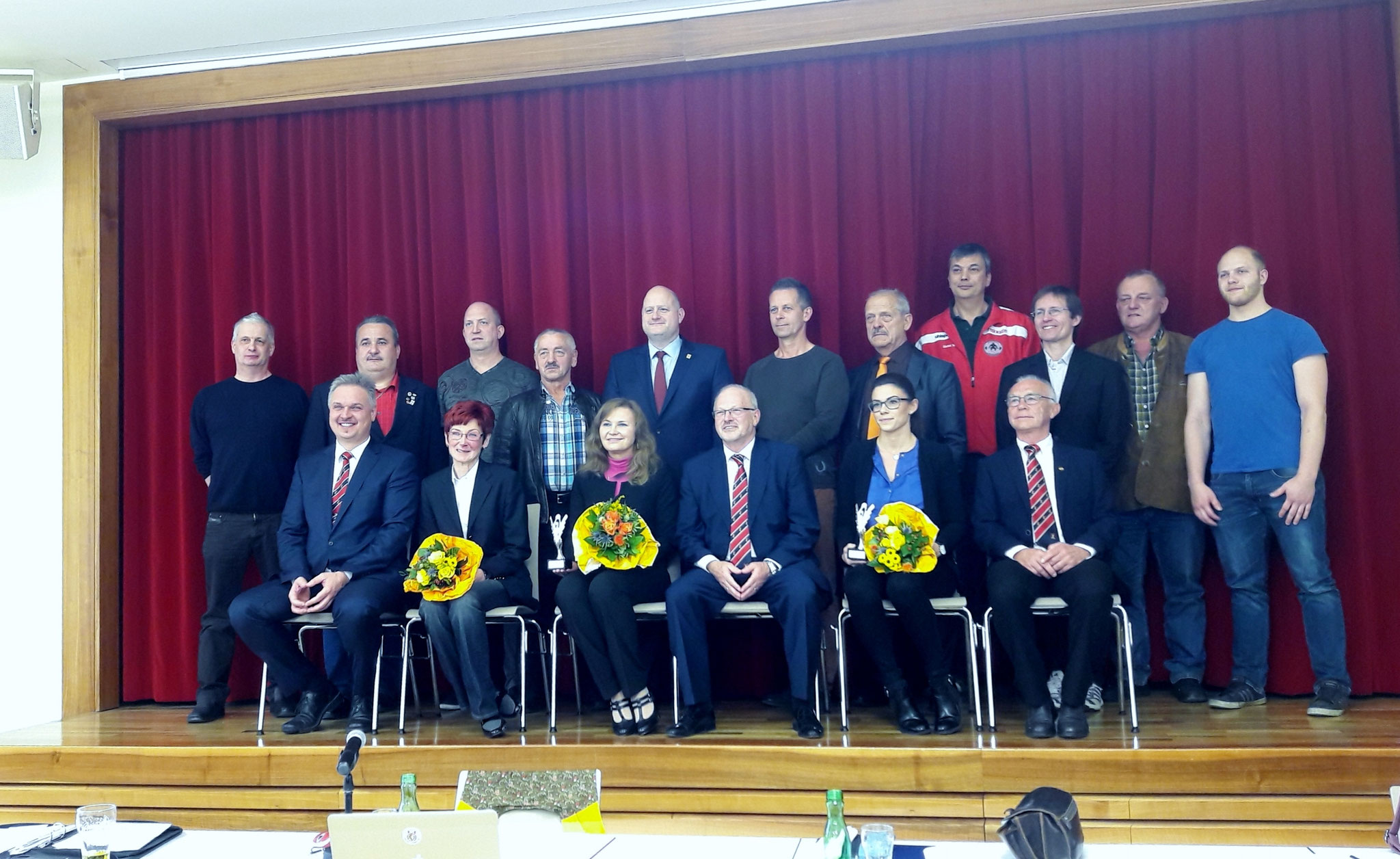Huber Manfred und der neue Vorstand des österreichischen Gewichtheberverbandes