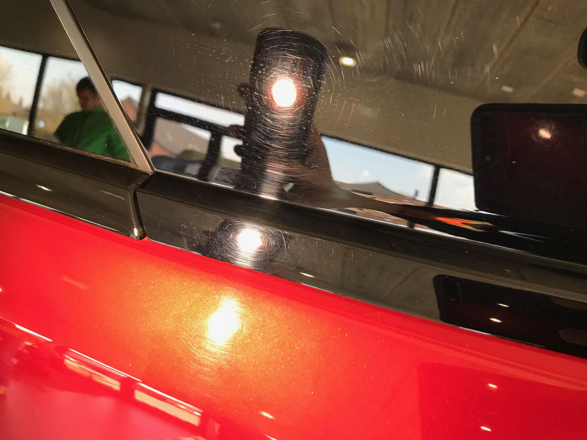 Nieuwe Range Rover Sport afgeleverd met was krasjes, dit kan alleen verwijderd worden door te polijsten!