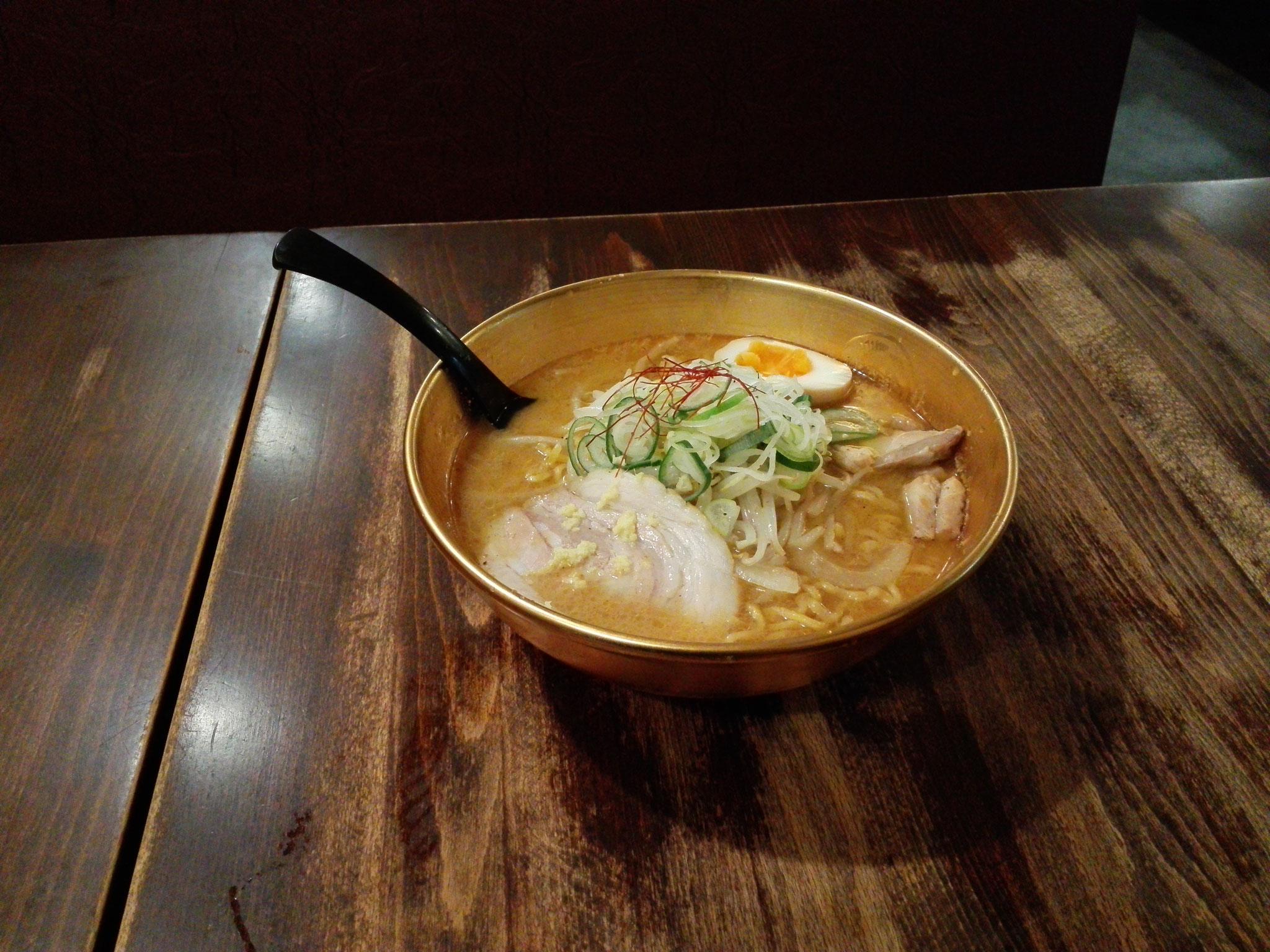 金巻6.2丸丼 麺屋つくし様にて