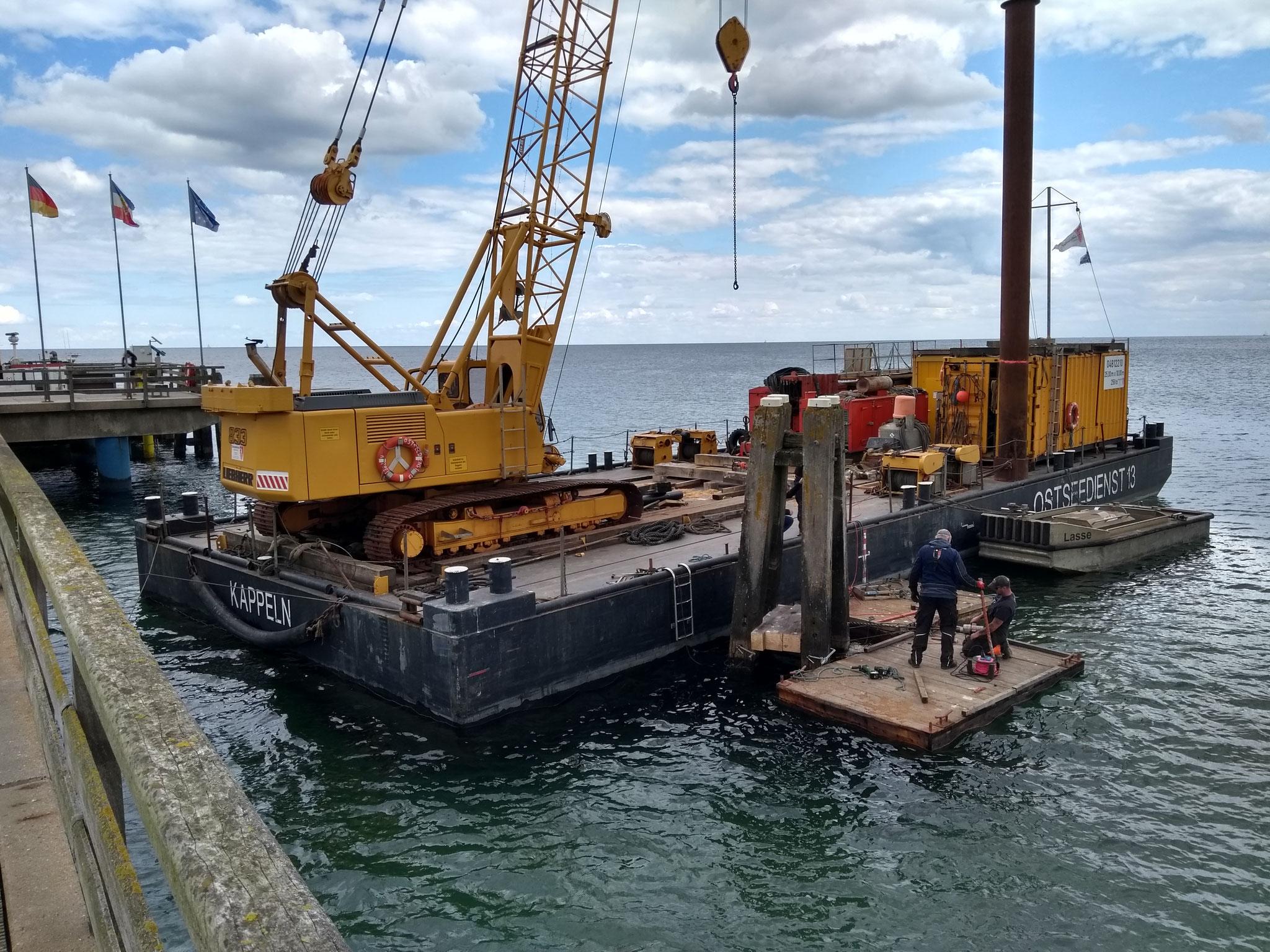 Schon im Sommer 2019 wurden die Dalben (Anleger für Boote) repariert.