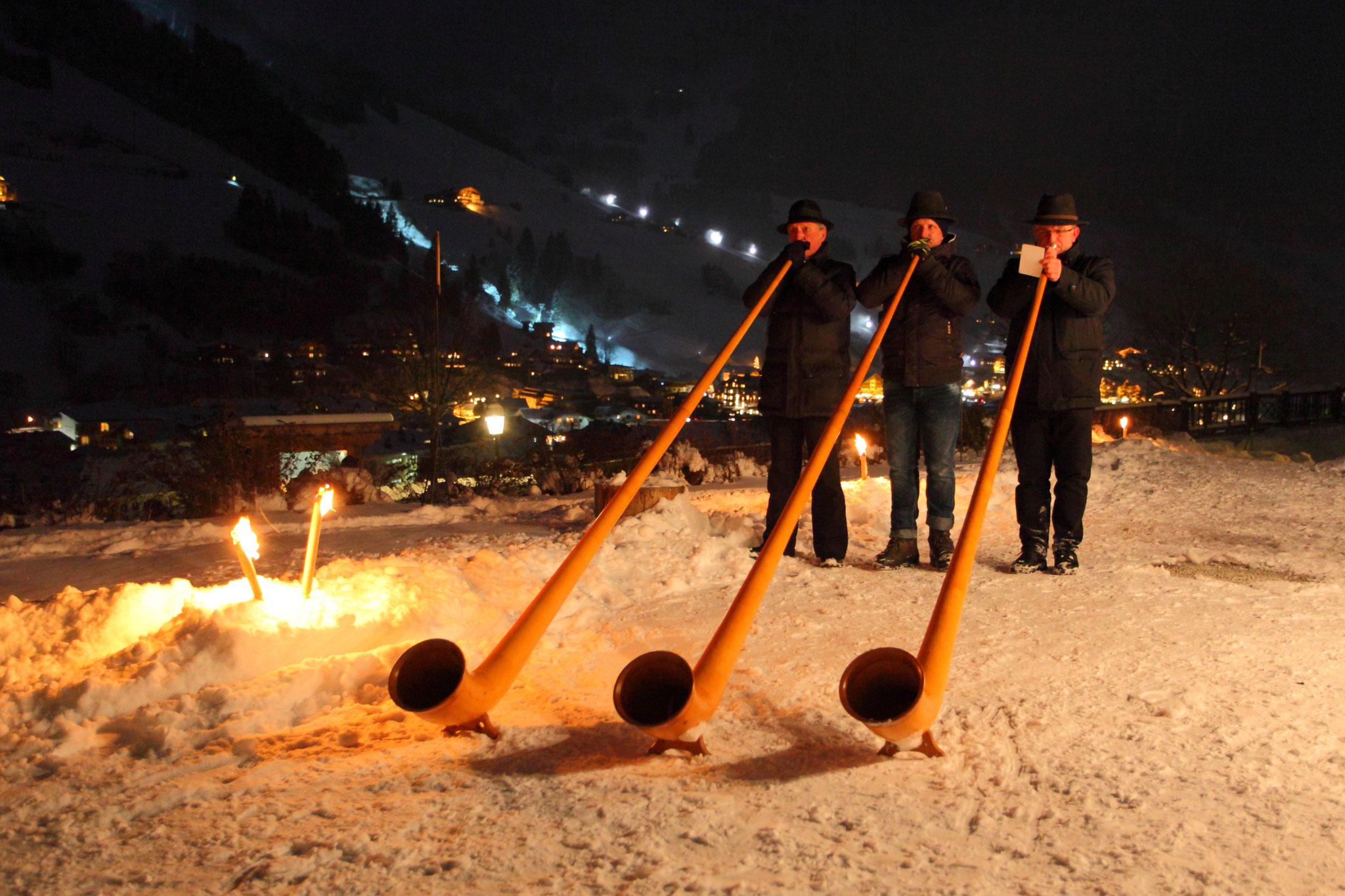 Alphornbläser beim Salzburger Bergadvent