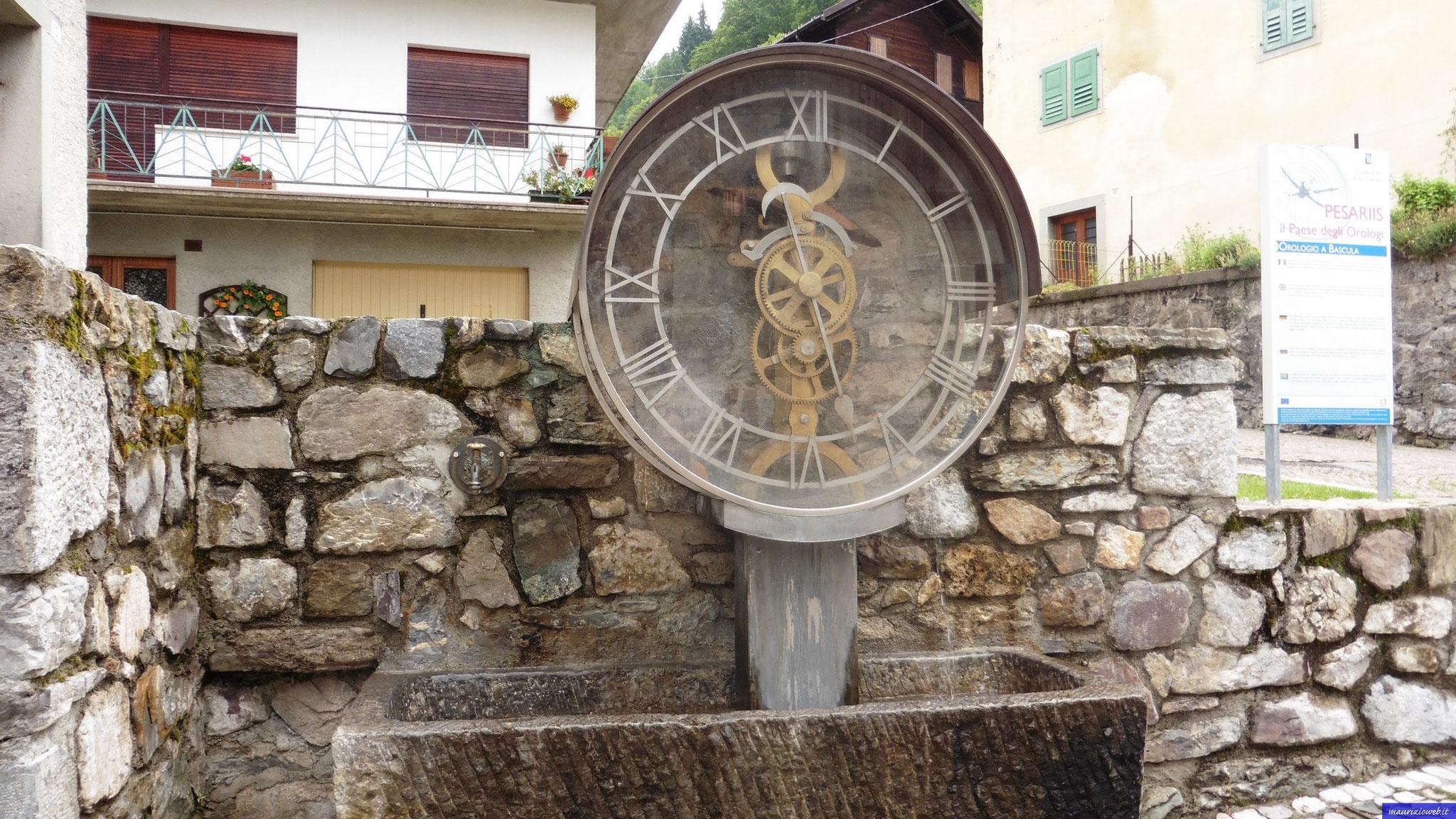 Pesariis il paese degli orologi