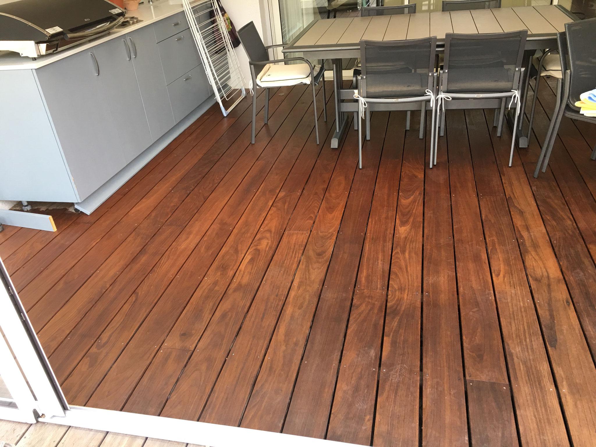 Terrasse bois IPE saturée.