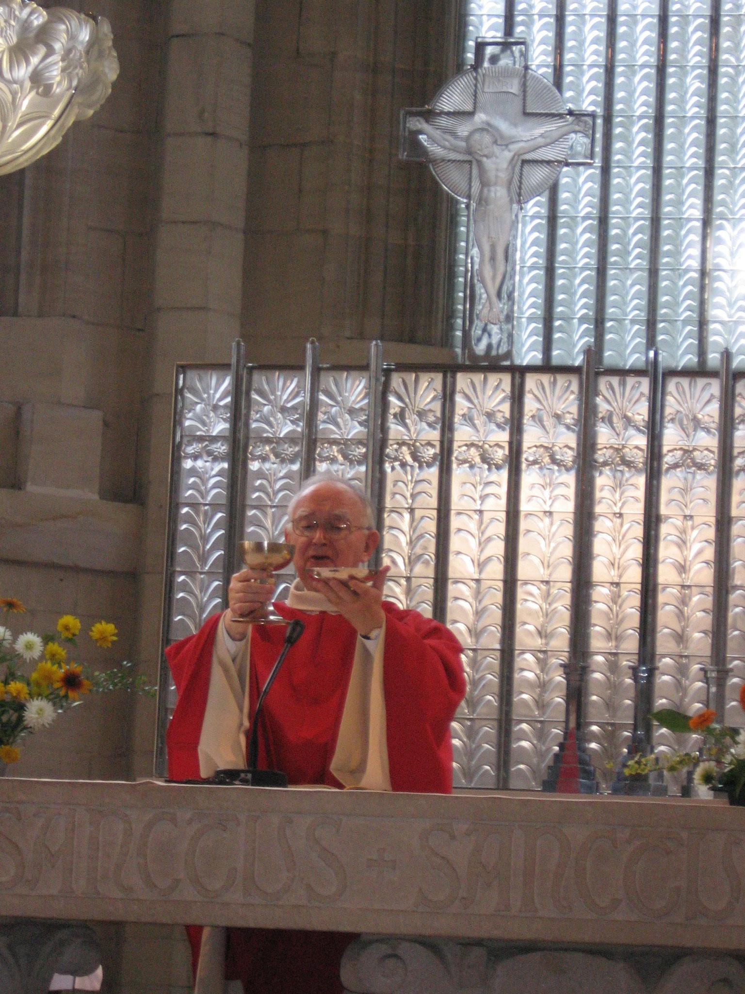 P. Ferdinand Lambert, Jésuite belge, accompagnateur NDF (+ 20.02.2014)