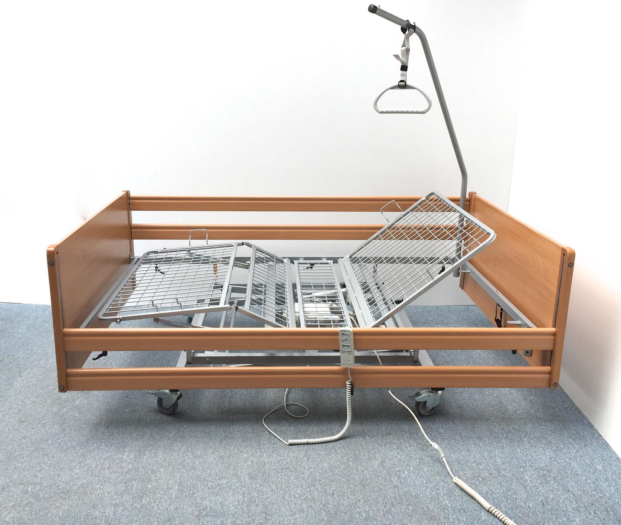 Pflegebett in Übergröße