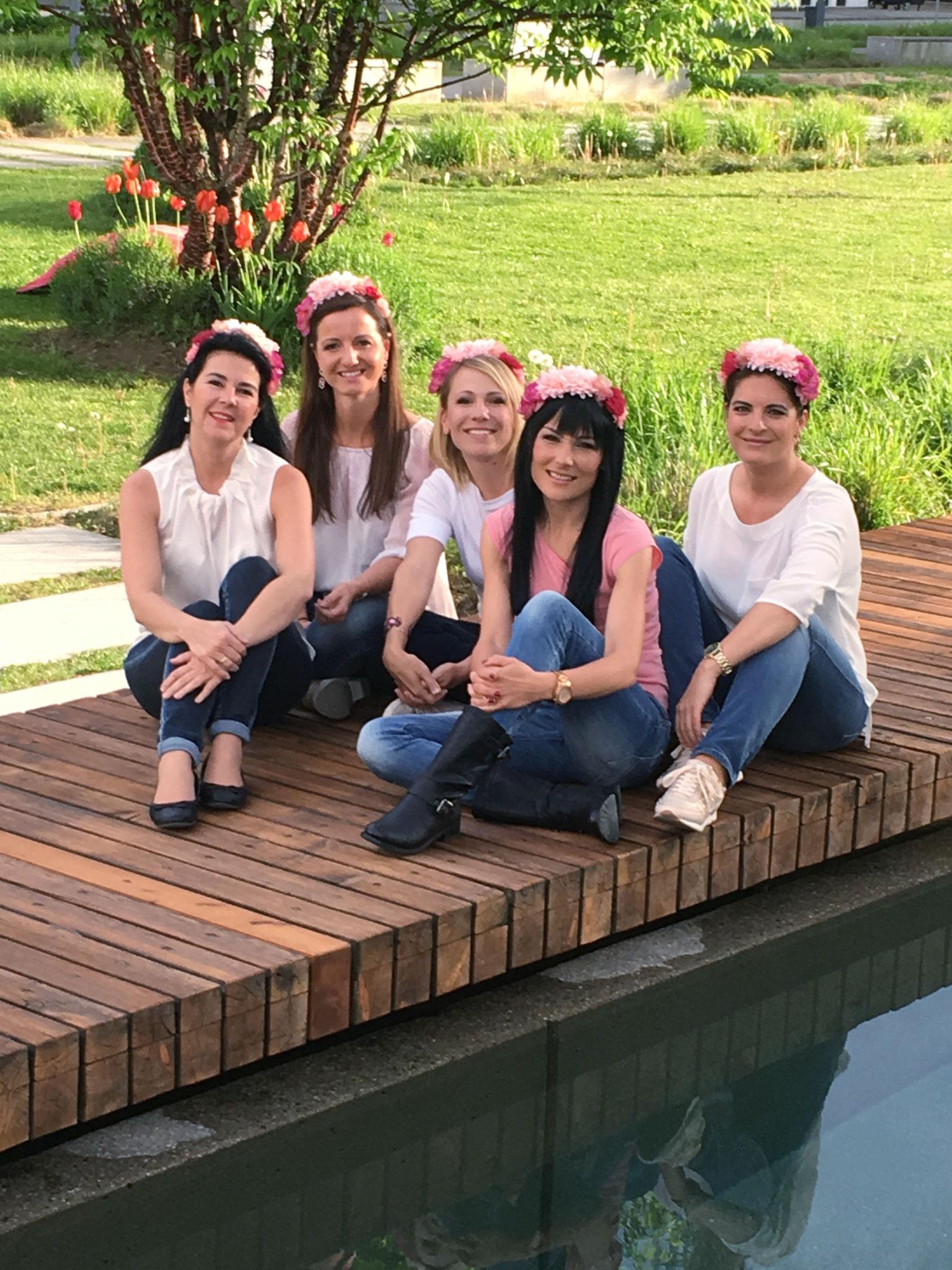 Teilnehmerinnen der Make-Up Party von Wandelbar