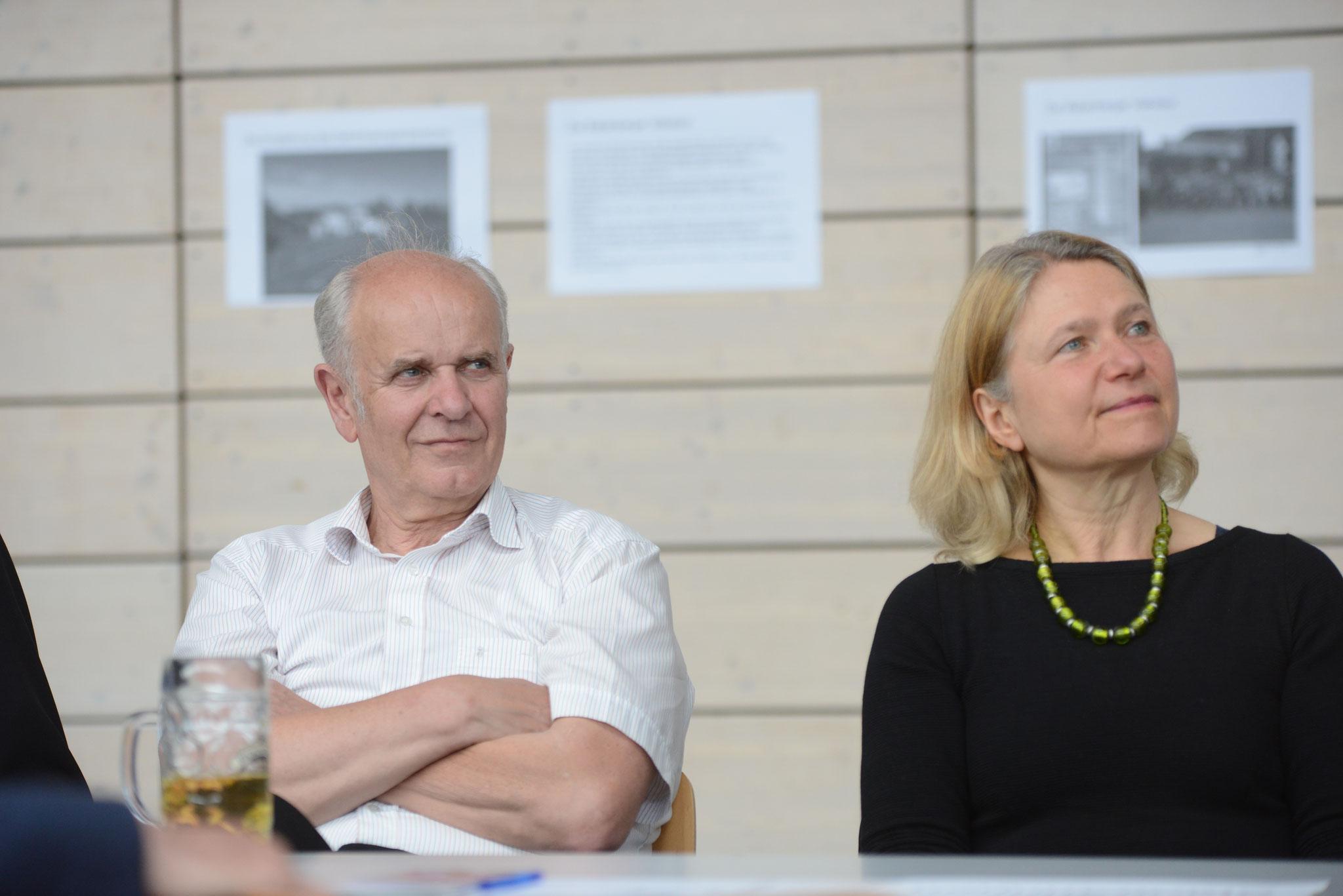 Zwei der zahlreichen Vertreter des Stadtrats: U. Sowa und H. Lauer