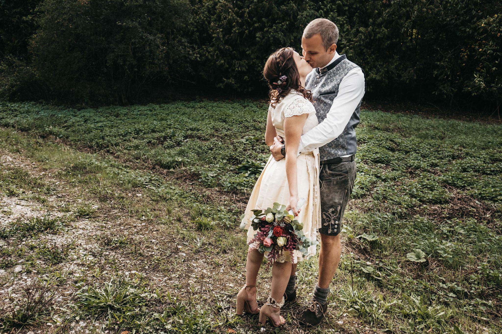 Brautstrauß Dirndl