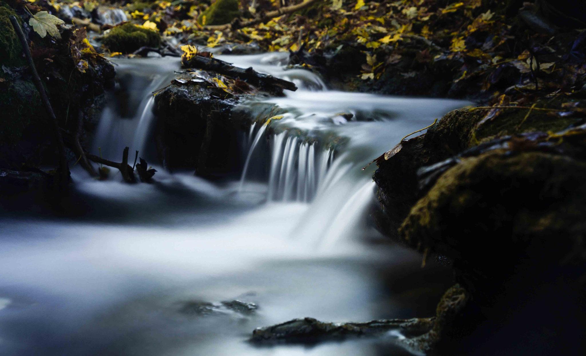 Bachlauf des Brühlbachs; Wasserfall Bad Urach