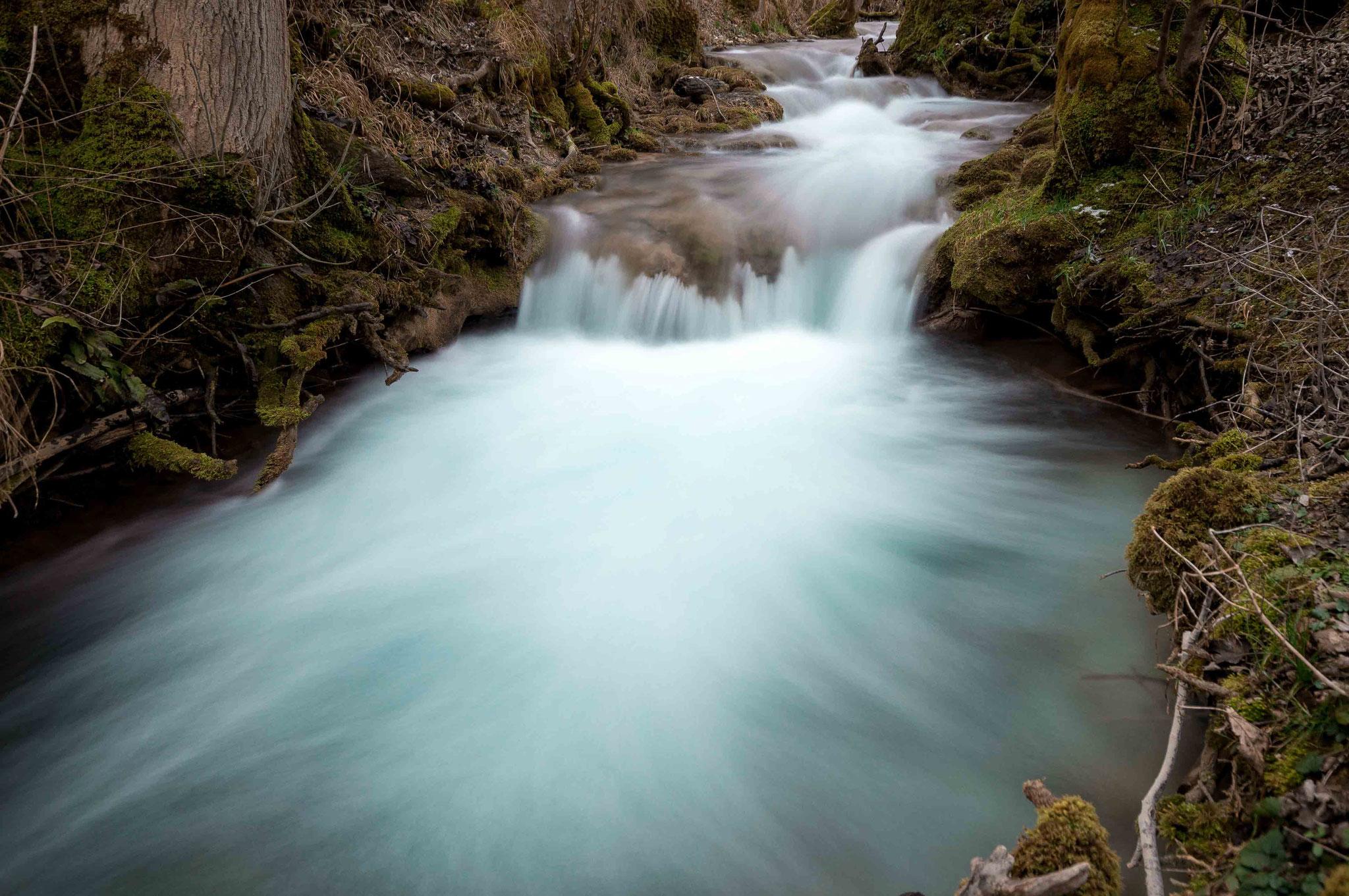 Strömender Brühlbach; Wasserfall Bad Urach