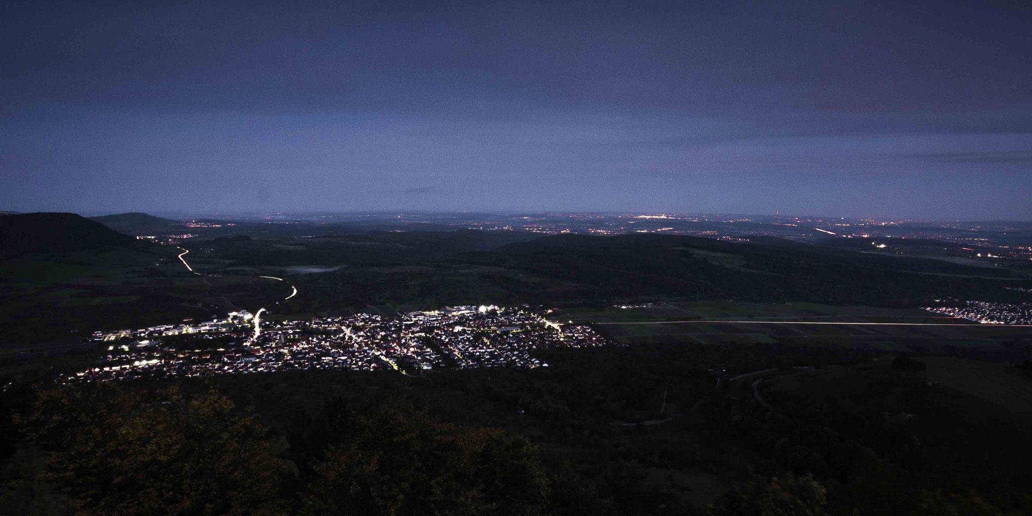 Nachtpanorama; Burg Teck