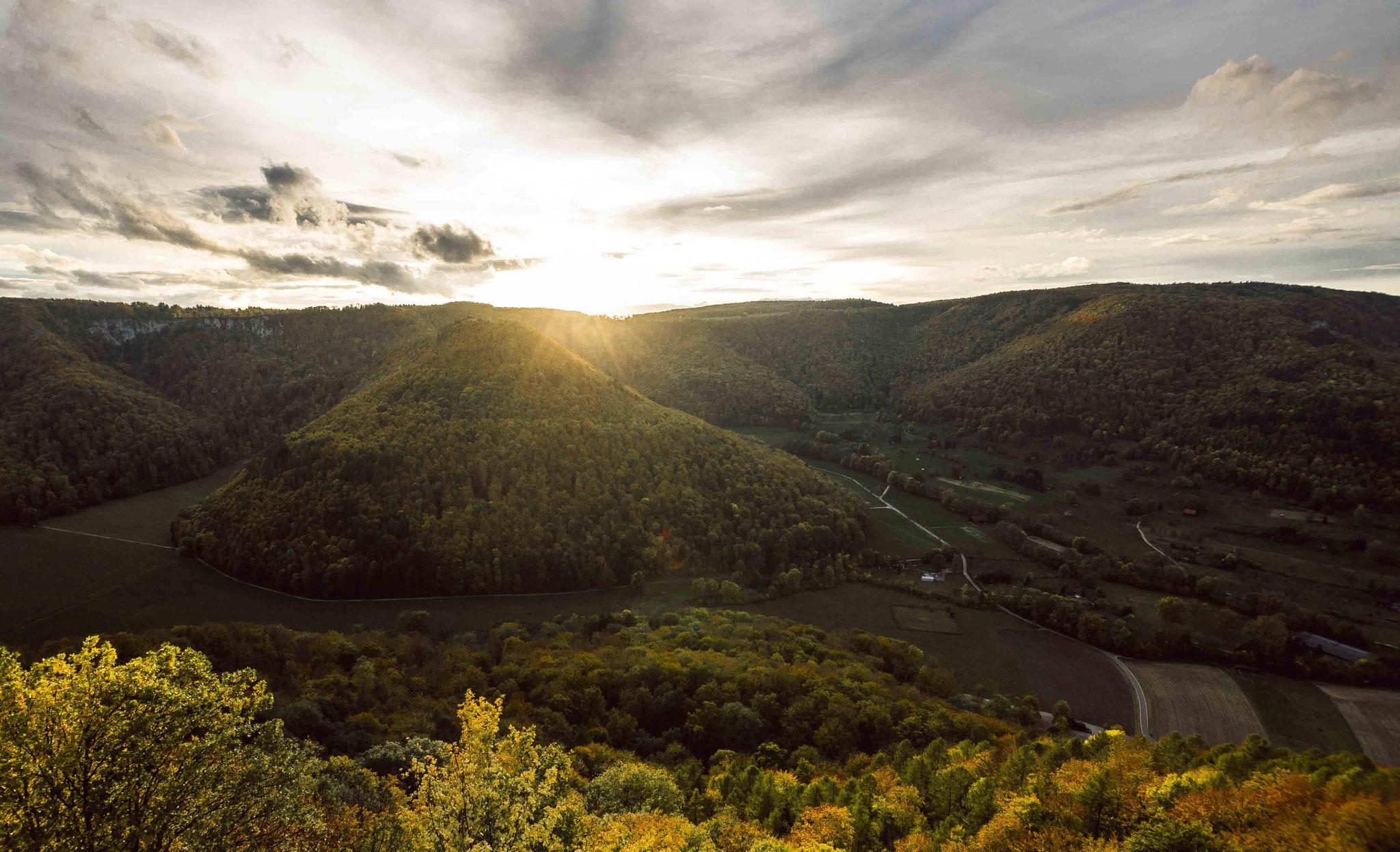 Goldener Wald; Burg Ruine Hohen Urach