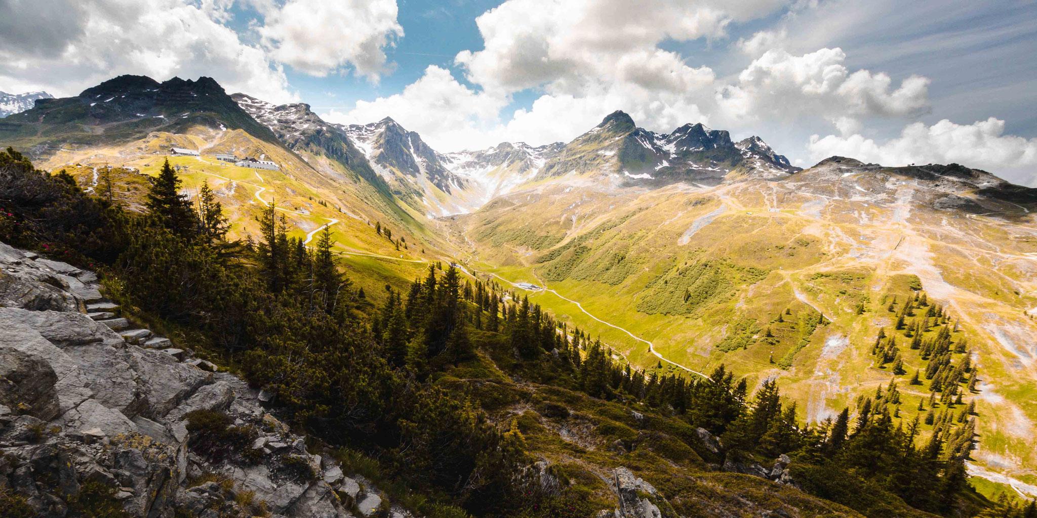 Leuchtendes Tal; Alpen Nova